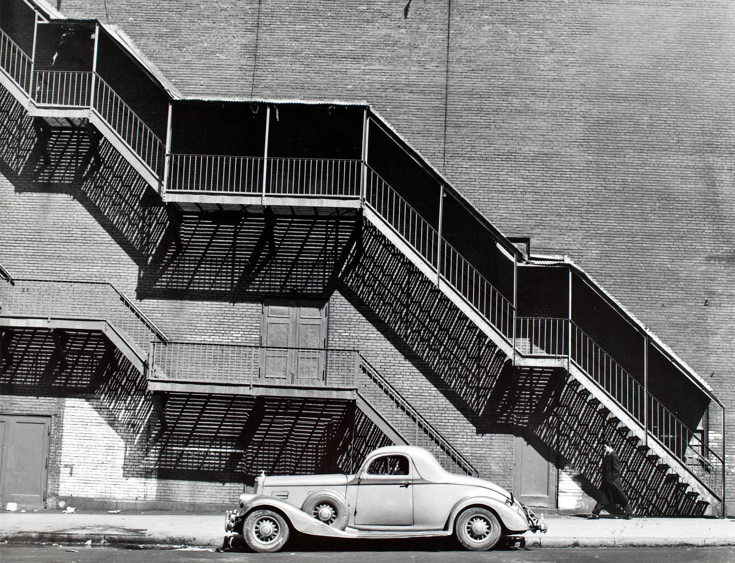 Mr. Perkin's Pierce-Arrow, Harlem, 1946.