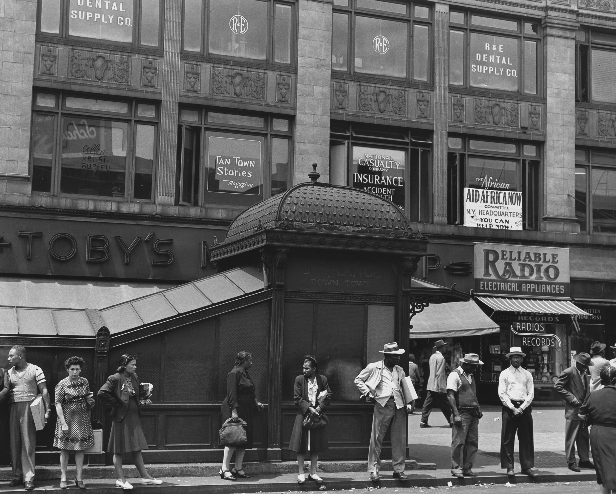 St. Nicholas Avenue and 125th Street, Harlem, 1946.