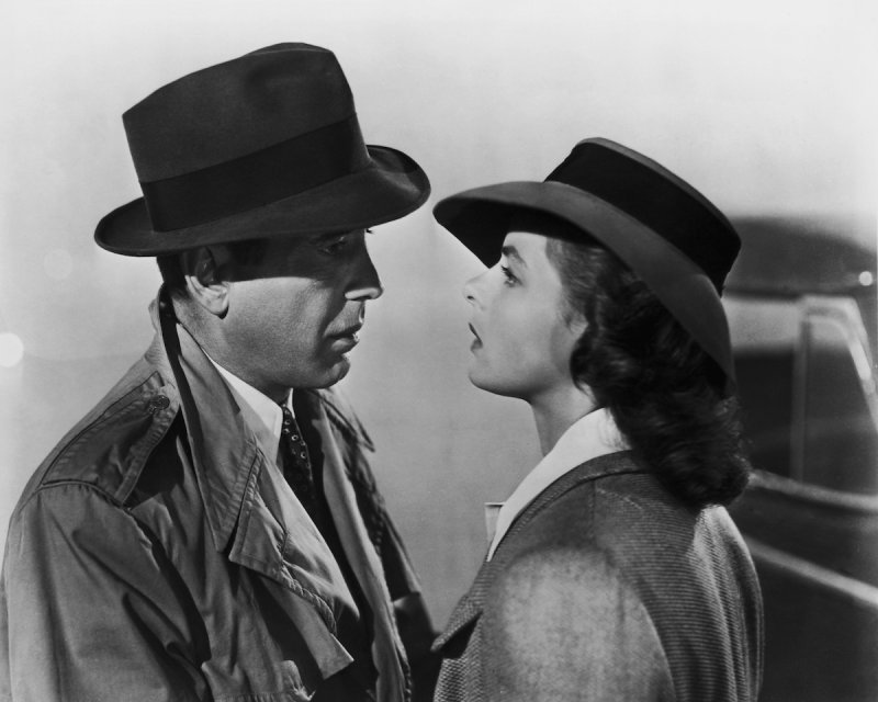 Humphrey Bogart (1899 - 1957) and Ingrid Bergman (1915 - 1982) star in the Warner Brothers film 'Casablanca,' 1942.