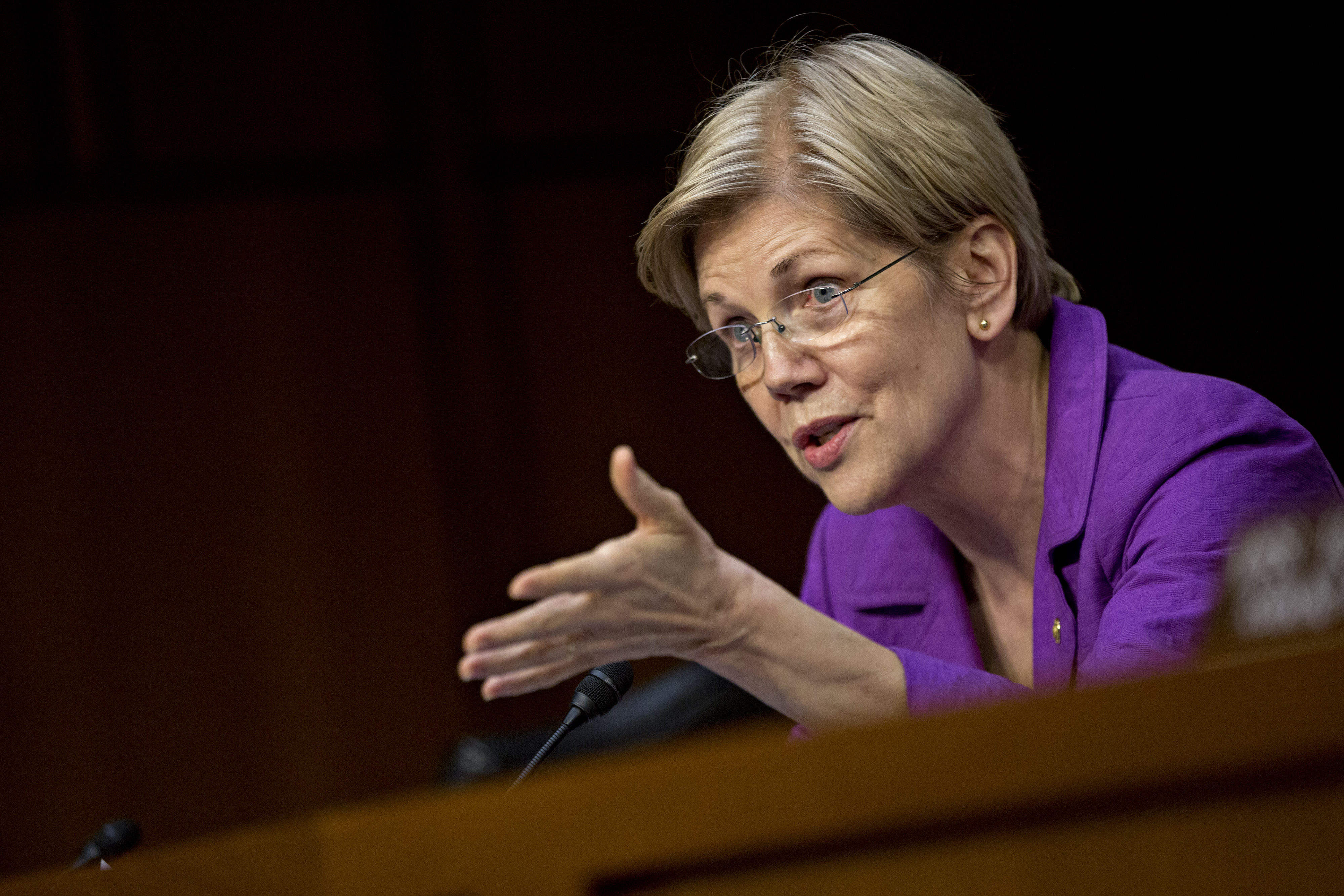 Senator Elizabeth Warren during a Senate Special Committee in Washington, D.C., on  April 27, 2016.