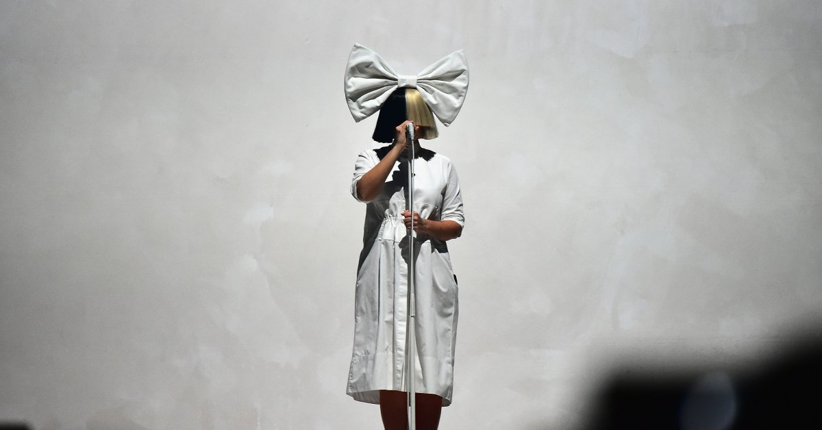 Sia Leaked This Nude Pic Of Herself On Twitter So A Creep
