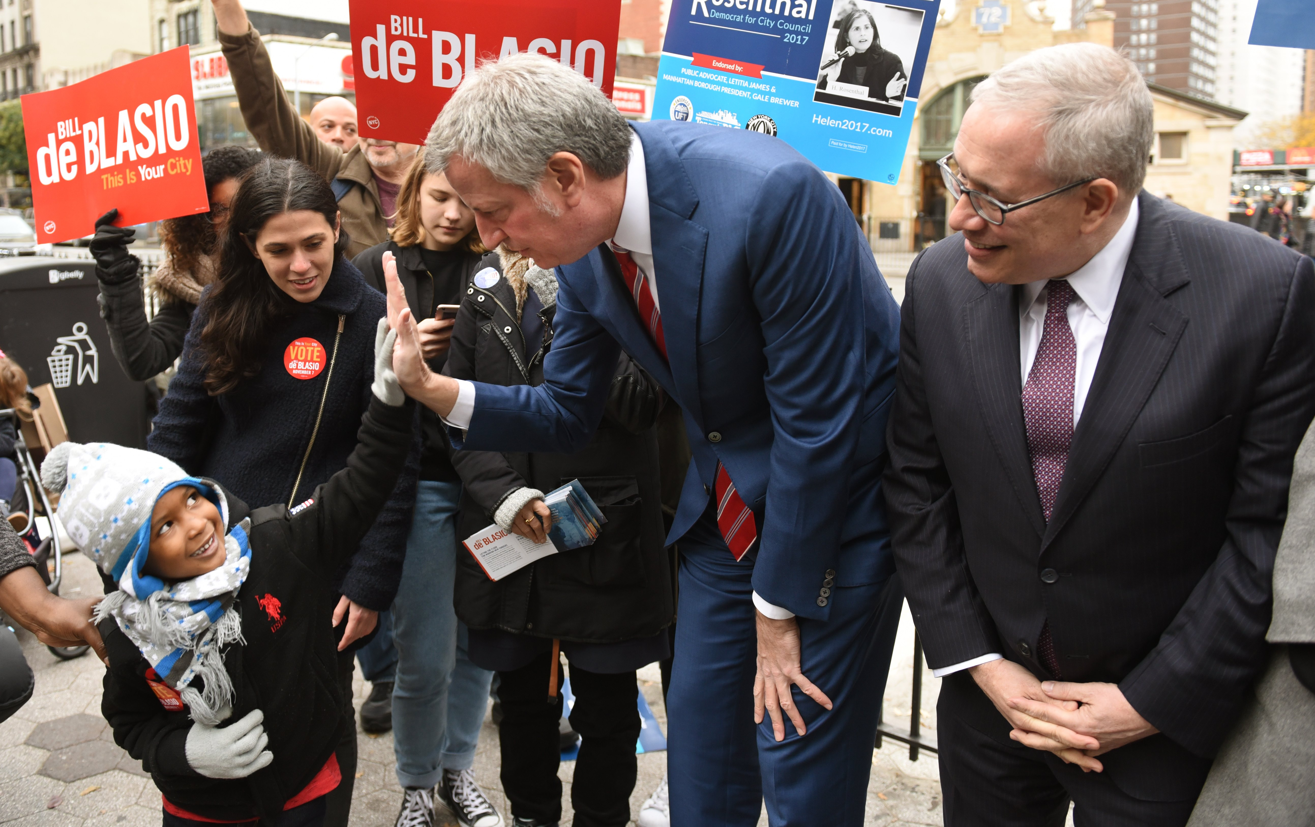 New York City Mayor Bill de Blasio greets people in New York on Nov. 7, 2017.