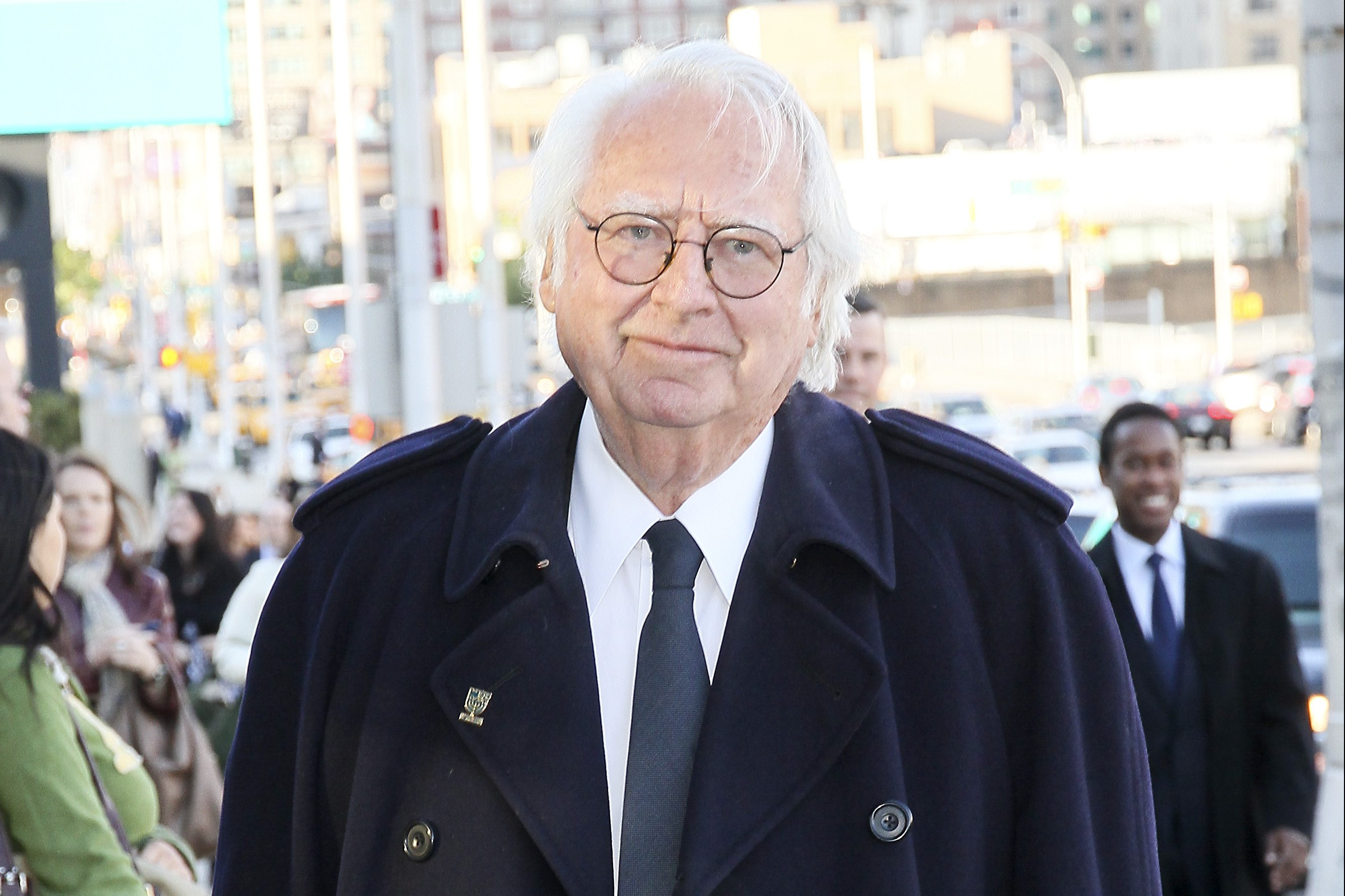 Architect Richard Meier arrives for the Robin Hood Foundation gala in New York, U.S., on Monday, May 10, 2010.