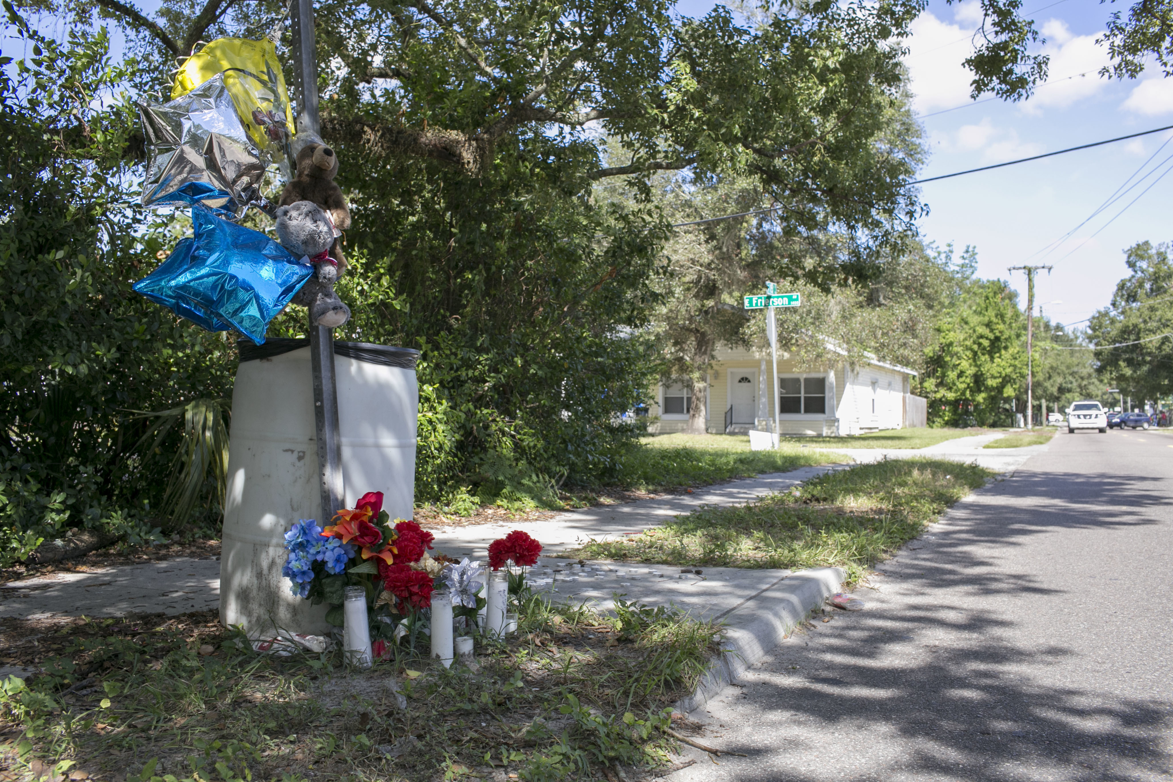 A memorial for Benjamin Mitchell, who was killed on Oct. 9, 2017 in the Seminole Heights neighborhood in Tampa, the first of four recent killings suspected to be tied to a serial killer