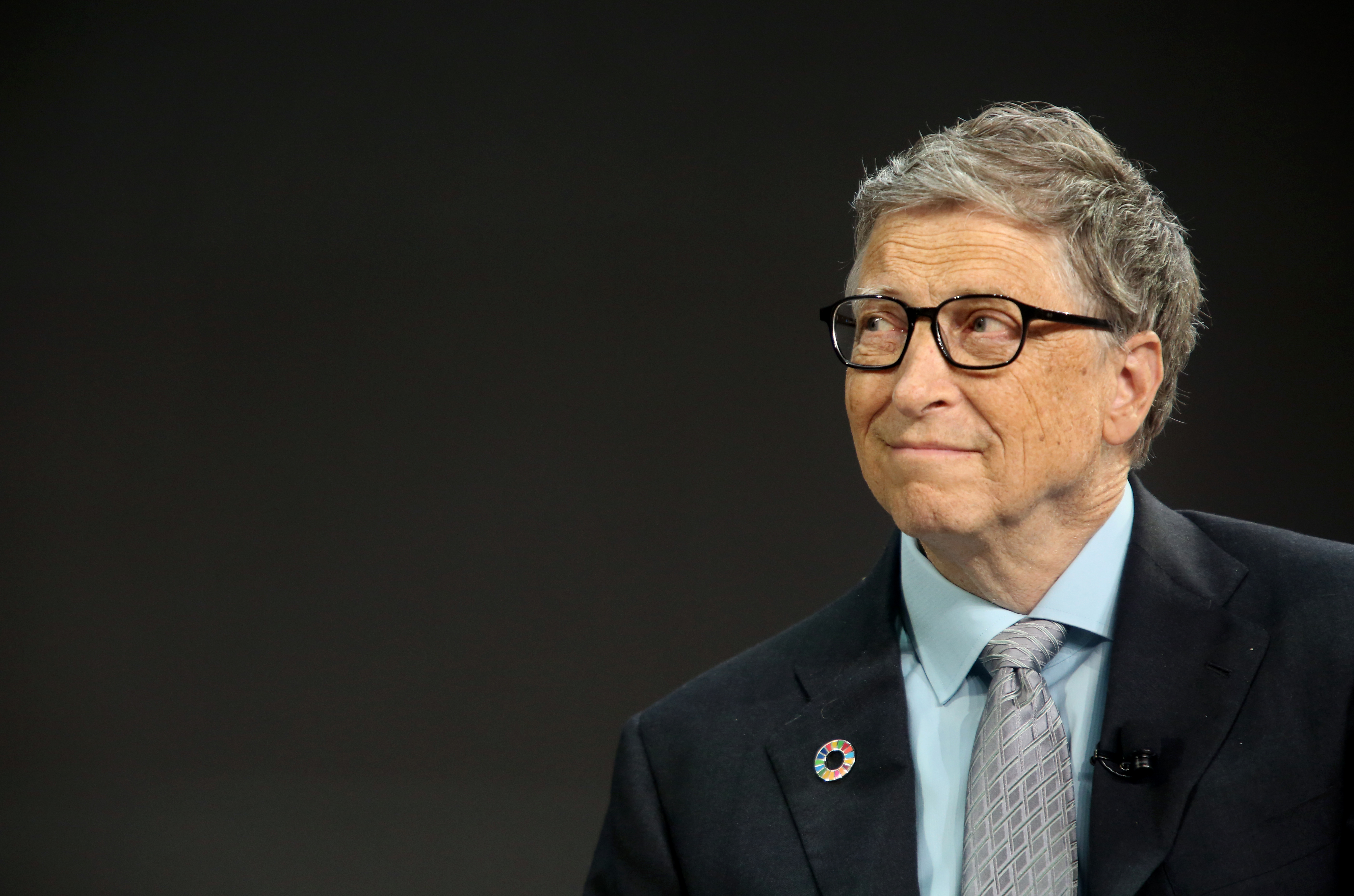 Bill Gates listens to former U.S. President Barack Obama answer questions at the Gates Foundation Inaugural Goalkeepers event on September 20, 2017 in New York City