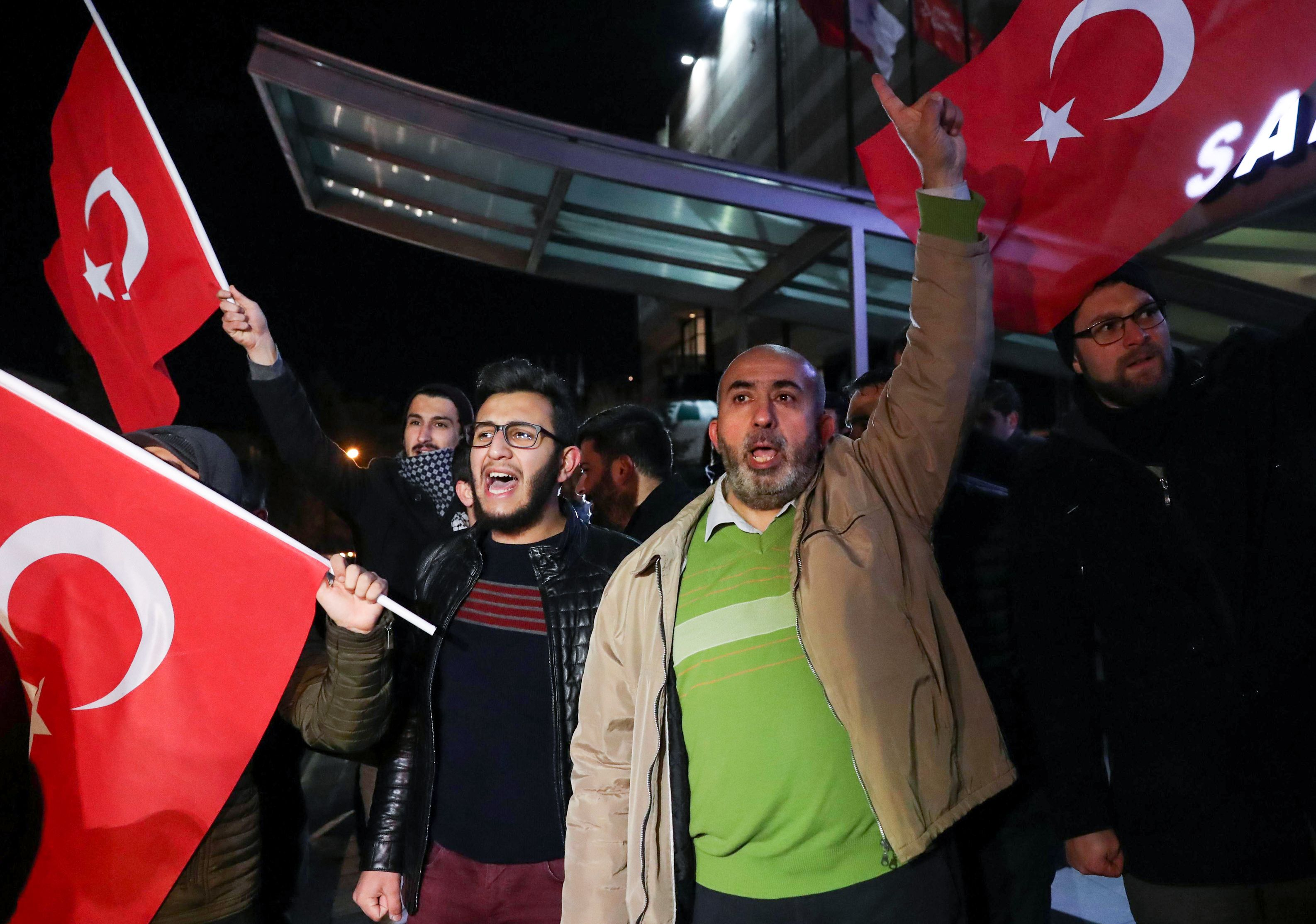 Demonstrators protest next to the US embassy in Ankara on Dec. 6, 2017 after U.S. president recognised the disputed city of Jerusalem as Israel's capital