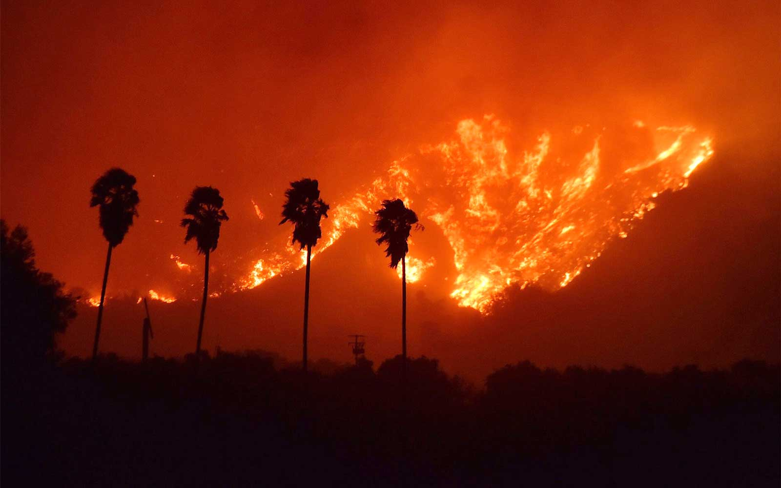 A handout photo made available by the Ventura County Fire Department showing the 'Thomas Fire' which began in Ventura, Calif. on Dec. 4, 2017