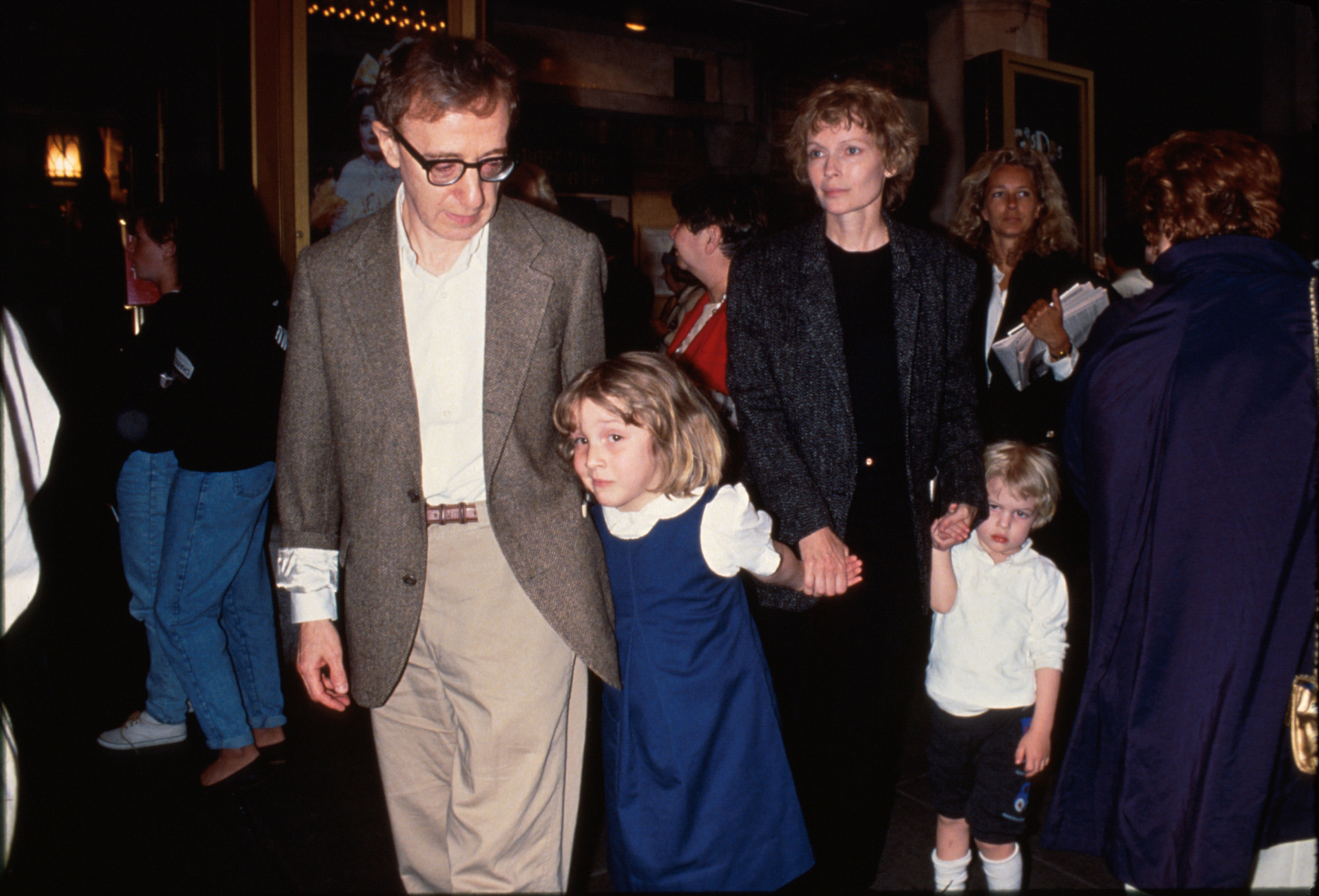 Actor/director Woody Allen (L) w. Dylan Farrow (2L) and her mother, actress Mia Farrow (2R), and Allen and Farrow's son Satchel (R).  (Photo by Time Life Pictures/DMI/The LIFE Picture Collection/Getty Images)