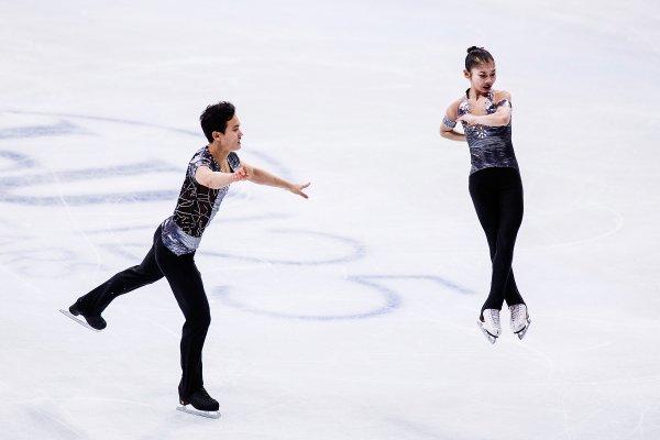 North Korean Figure Skating Pair Meet Their Canadian Coach Time
