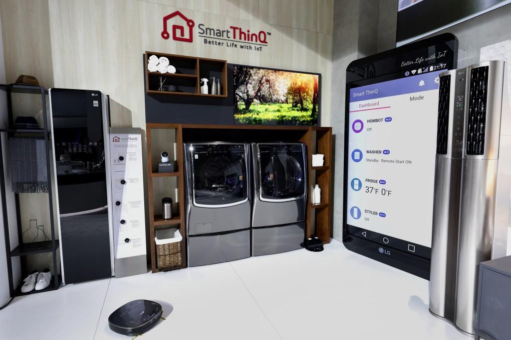 LG's Smart ThinQ home appliances at CES 2018