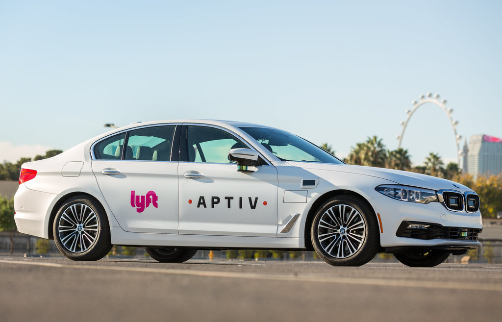 The Aptiv-Lyft vehicle with autonomous technology drives on the strip Thursday, November 30, 2017 in Las Vegas, Nevada. (Photo by John F. Martin for Aptive)