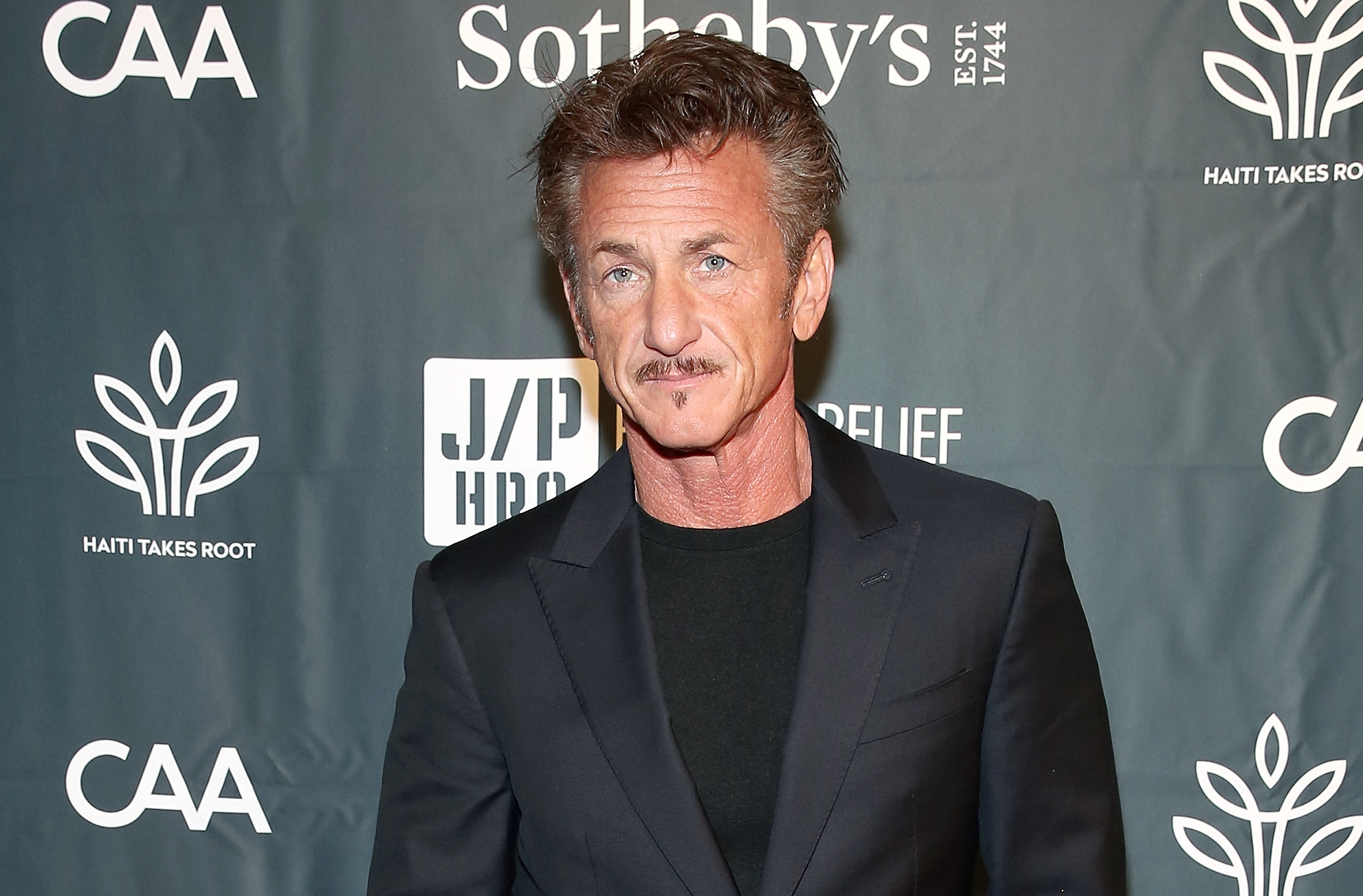 Sean Penn attends The Sean Penn & Friends Haiti Takes Root Benefit Dinner & Auction Supporting J/P Haitian Relief Organization at Sotheby's on May 5, 2017 in New York City.
