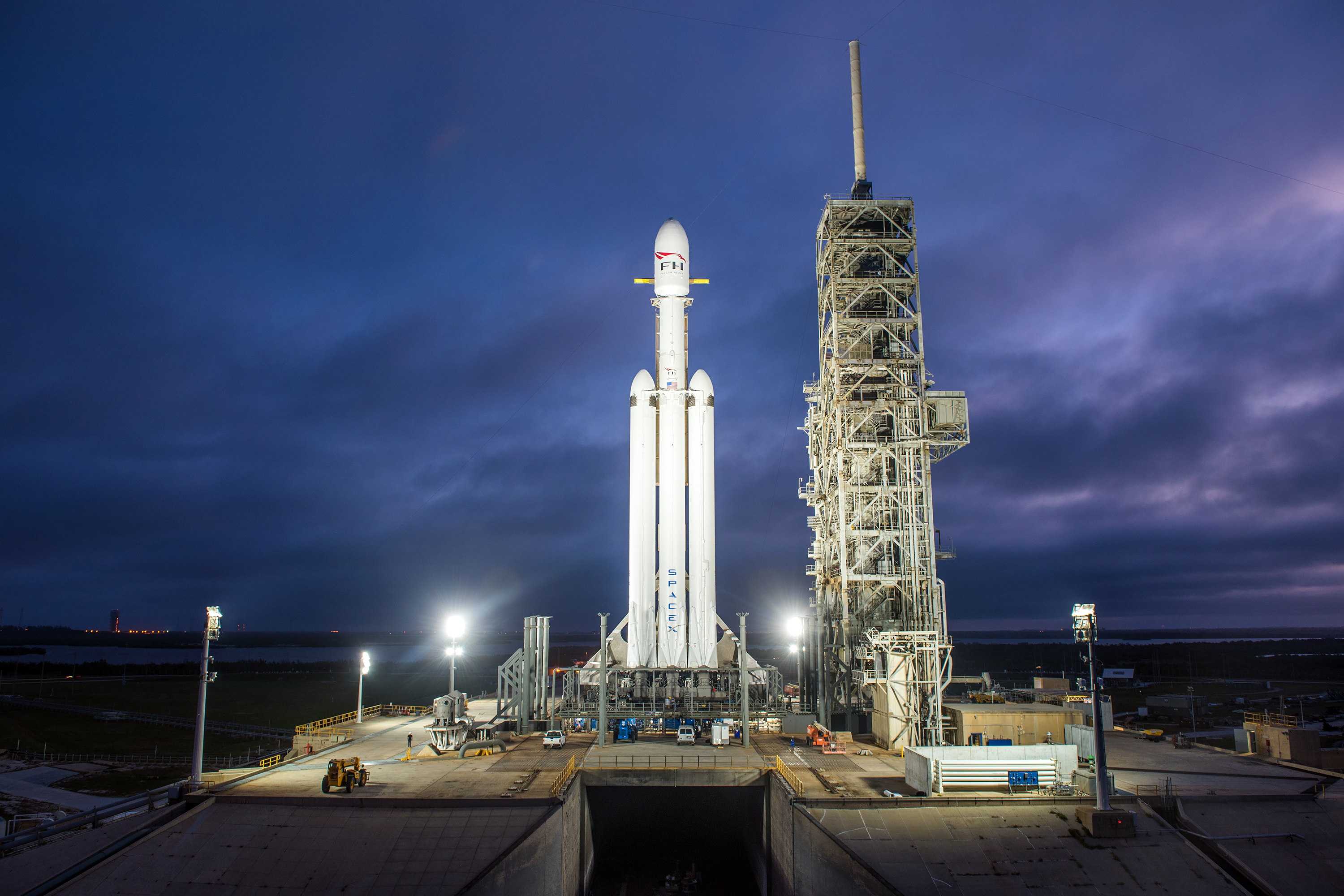 Big bird, big promises: The Falcon Heavy must live up to a lot of hype