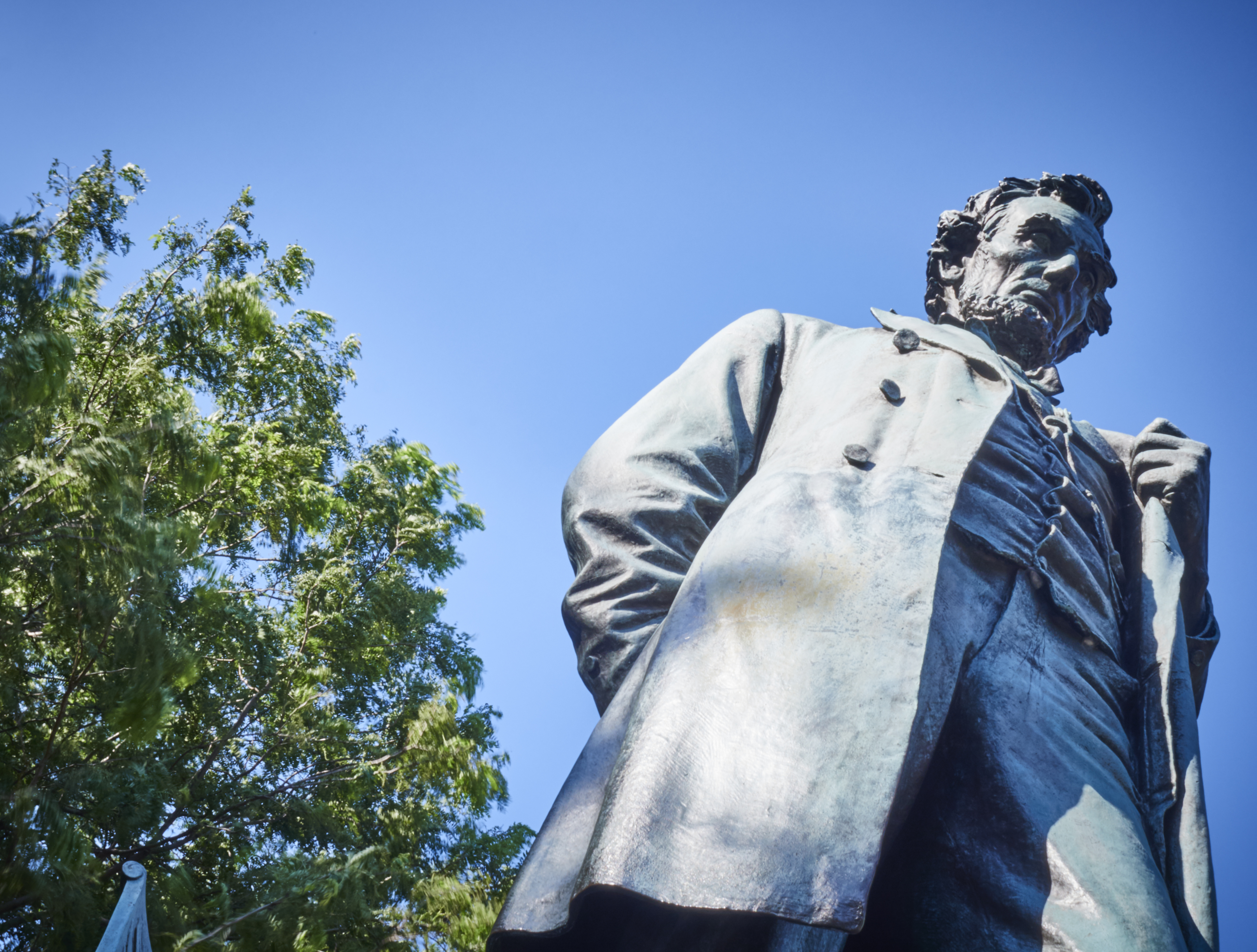 A statue of Abraham Lincoln in Chicago's Lincoln Park.