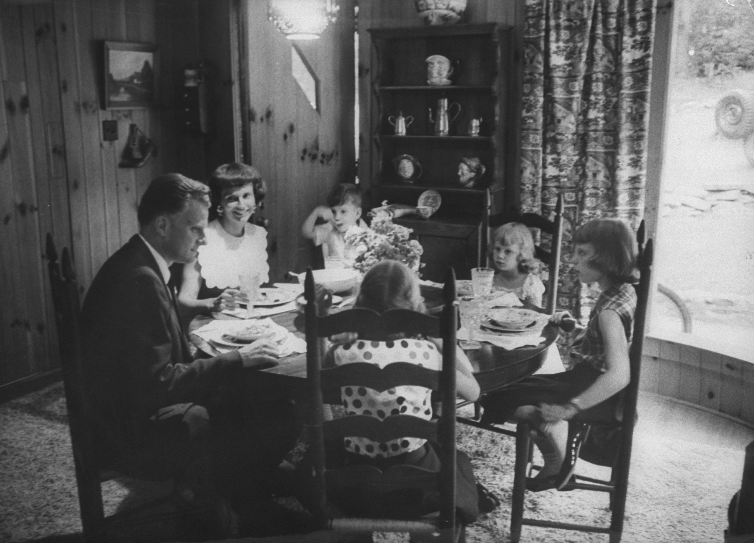 Graham with his wife Ruth and four of their children, including Franklin, in 1955