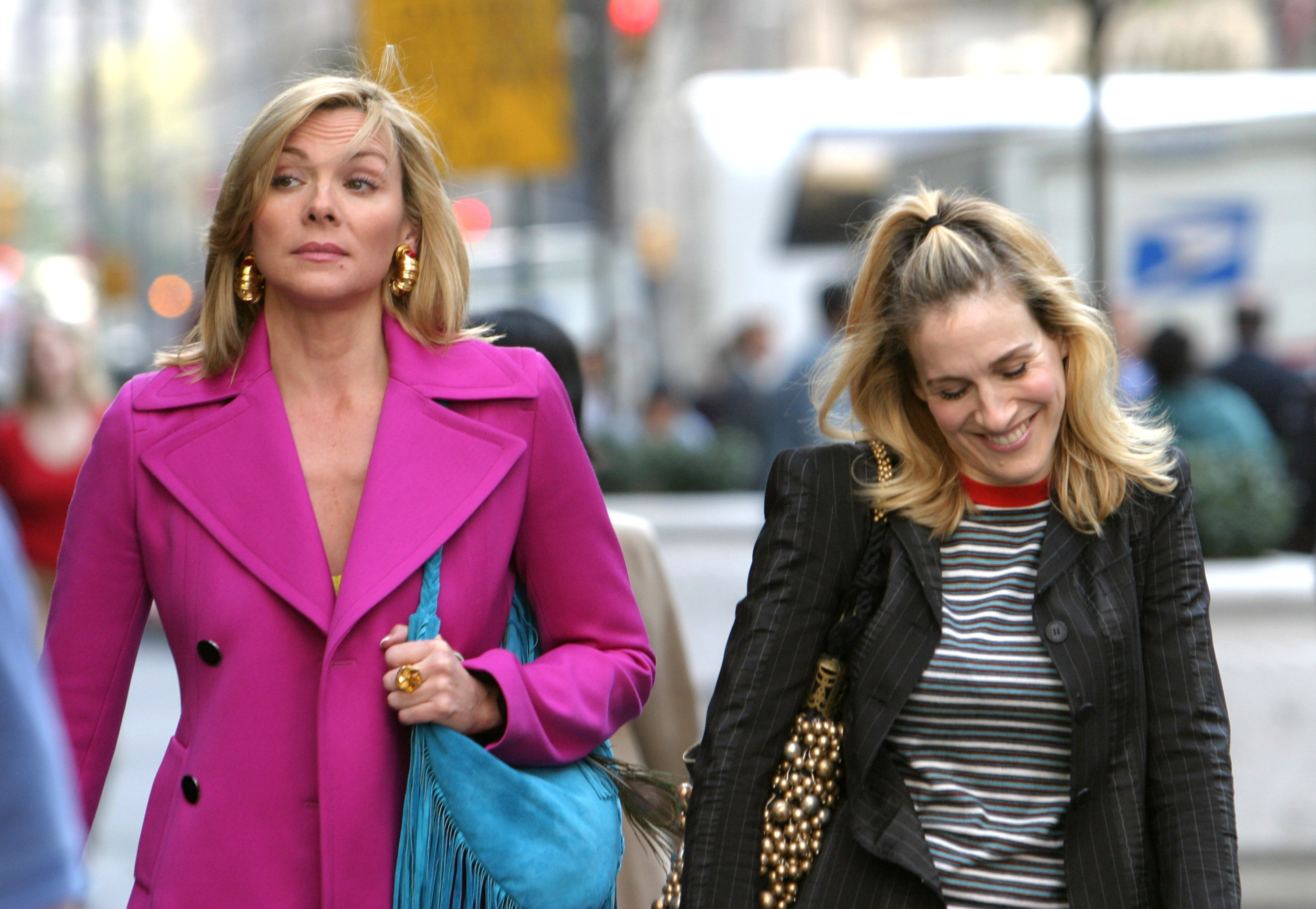 Kim Cattrall and Sarah Jessica Parker during Kim Cattrall and Sarah Jessica Parker On Location For  Sex And The City  at Saks Fifth Ave in New York, New York, United States.