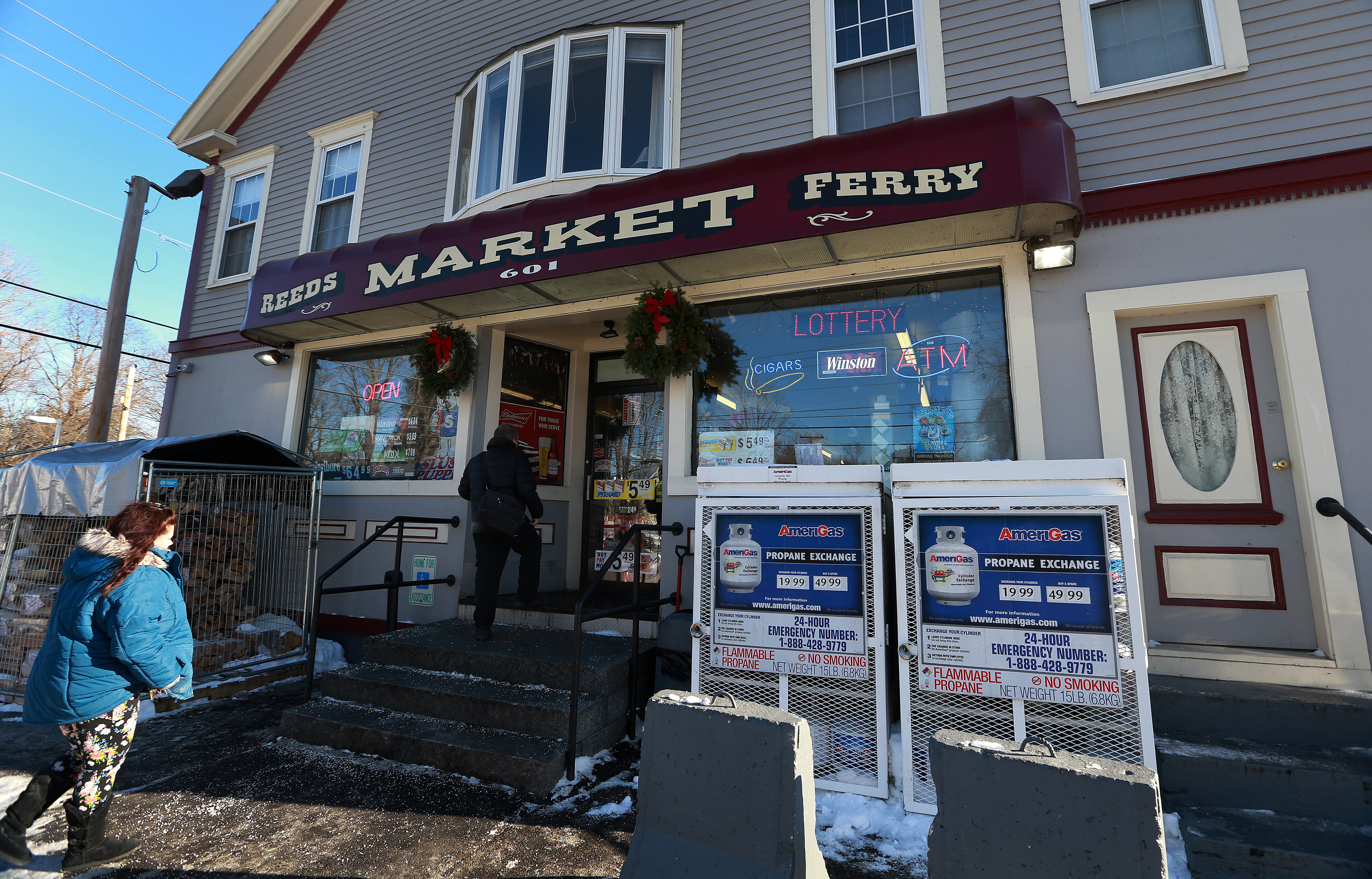 The exterior of Reeds Ferry Market in Merrimack, NH, where the lone winning ticket in a $559.7 million Powerball drawing was sold, is pictured on Jan. 7, 2018.