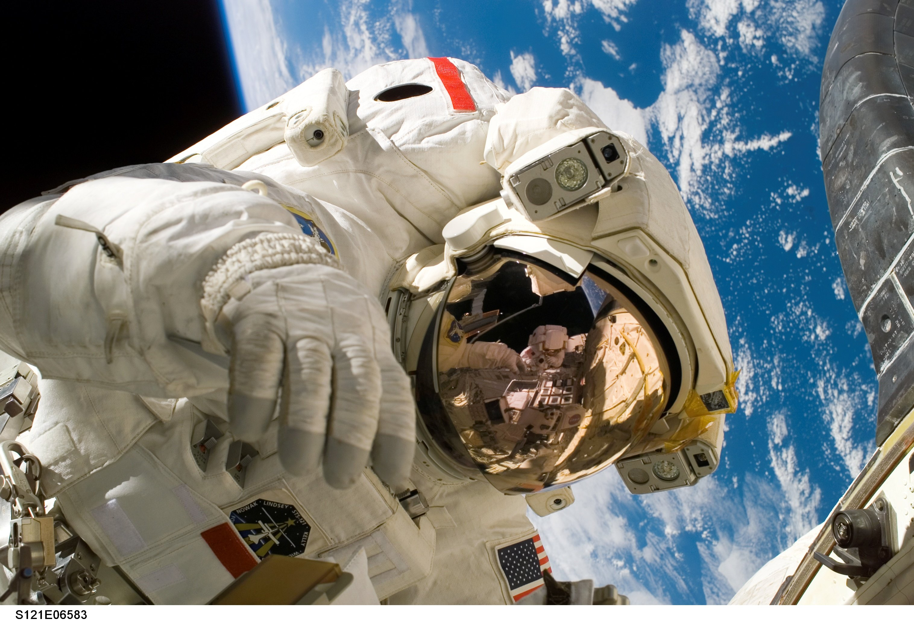 Mission specialist Piers J. Sellers participates in the mission's third and final spacewalk July 13, 2006.