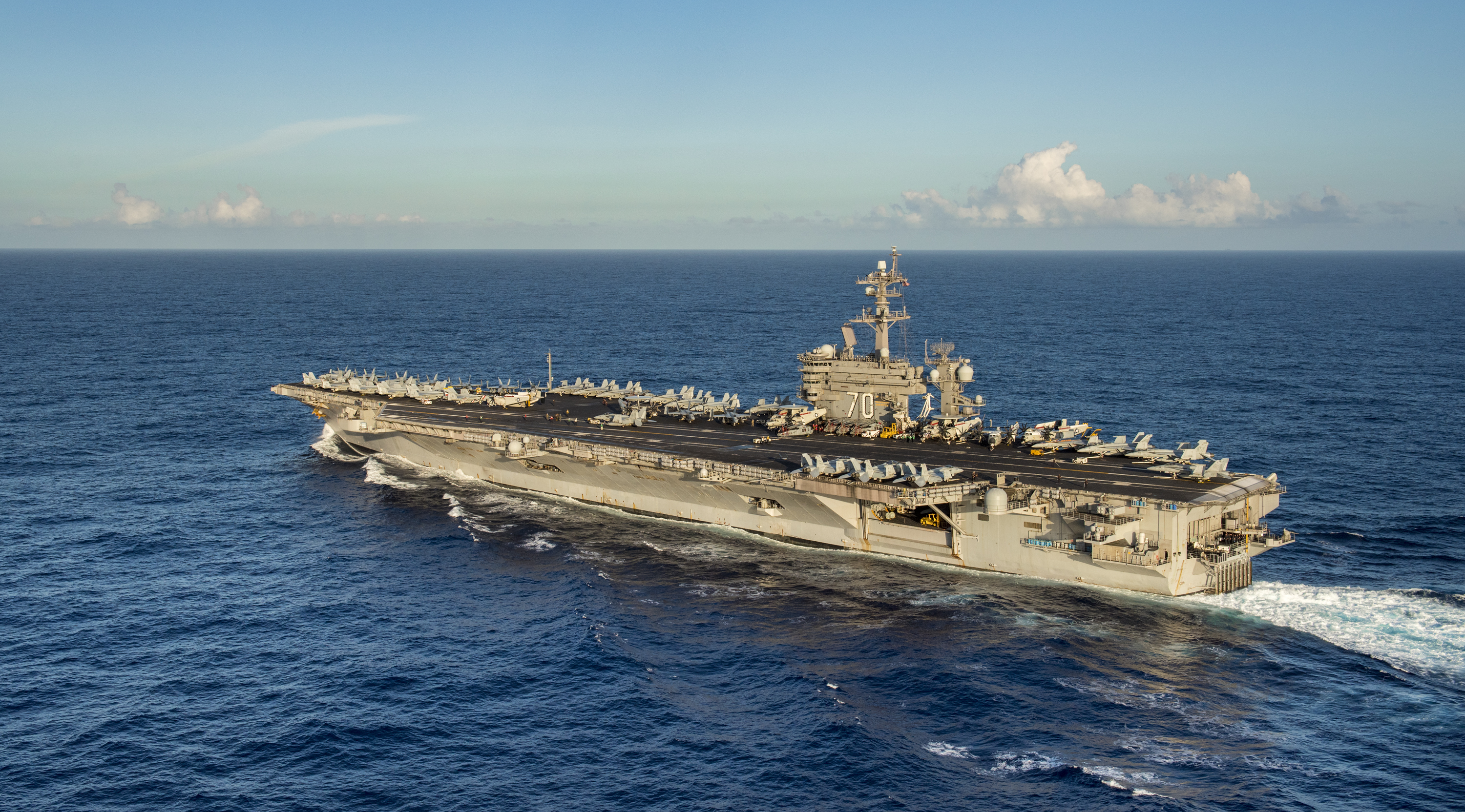 Nimitz-class aircraft carrier USS Carl Vinson transits the Pacific Ocean on Jan. 20, 2018.