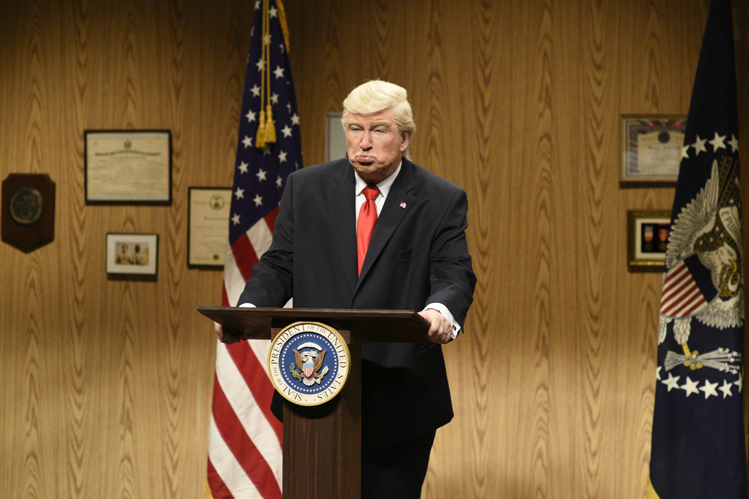 SATURDAY NIGHT LIVE --  Louis C.K.  Episode 1721 -- Pictured: (l-r) Alec Baldwin as President Donald Trump during the  Trump People's Cold Open  on April 8, 2017 -- (Photo by: Will Heath/NBC/NBCU Photo Bank via Getty Images)