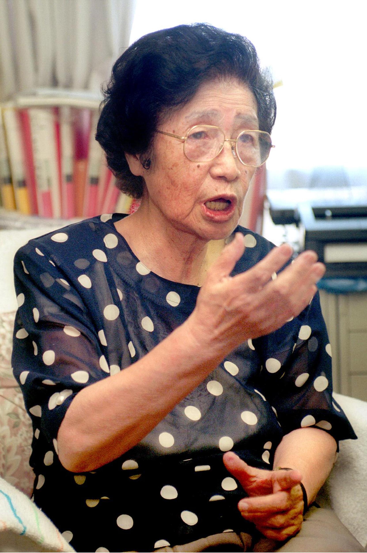 Geochemist Katsuko Saruhashi speaks during an interview on August 23, 1999 in Japan.