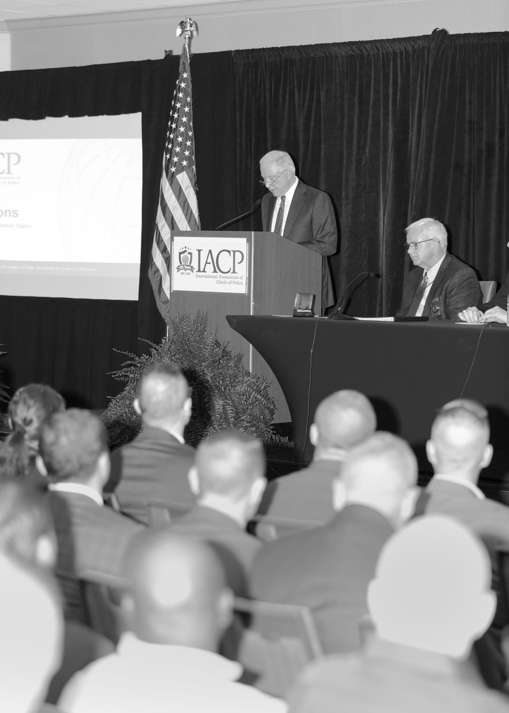 Sessions delivering a speech to police chiefs in Nashville