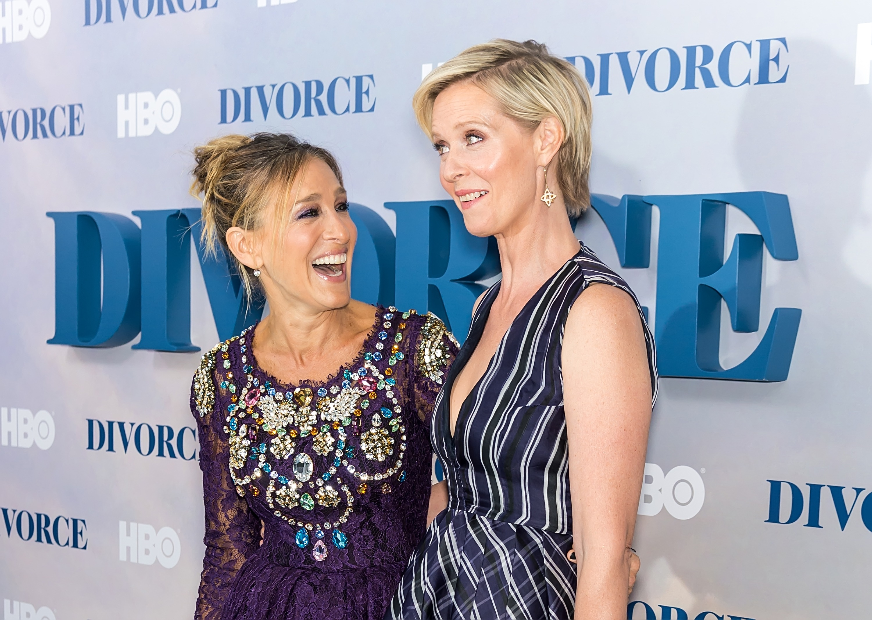 Actors Sarah Jessica Parker and Cynthia Nixon attend the 'Divorce' New York Premiere at SVA Theater on October 4, 2016 in New York City.