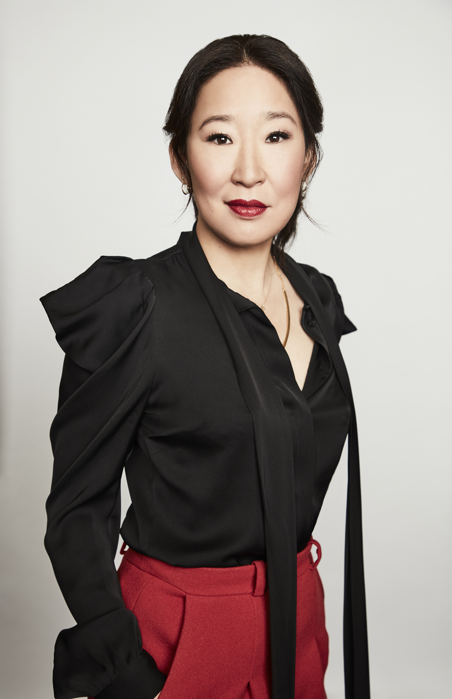 on the case Sandra Oh returns to TV as an MI5 agent chasing a psychopath in the subversive thriller Killing Eve
