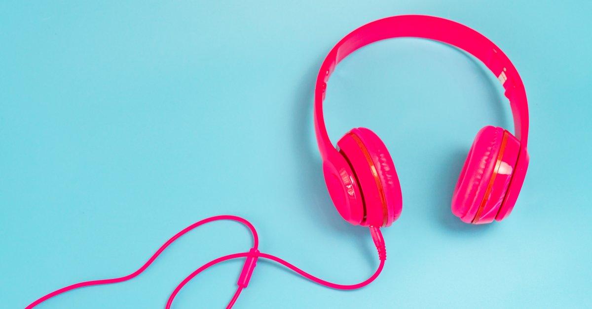 listening headphones benefits