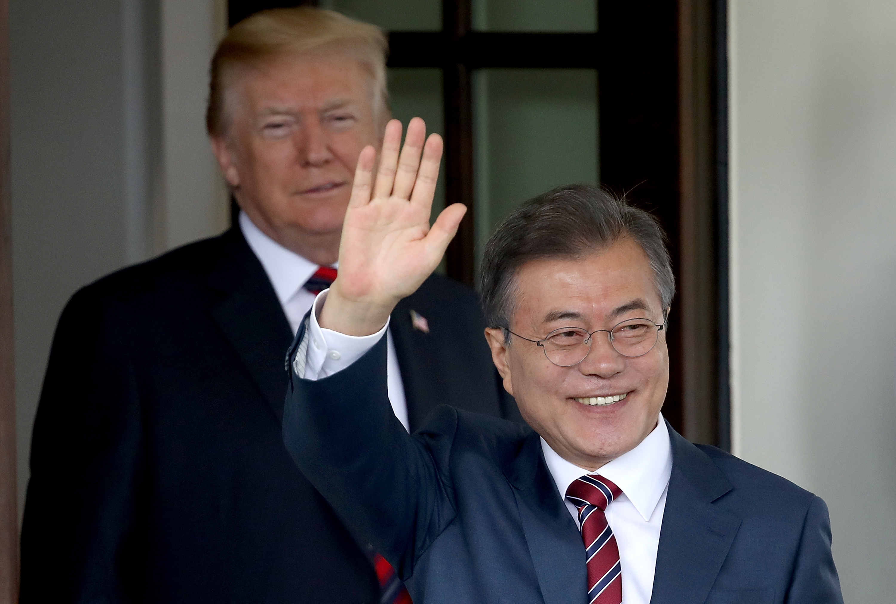 U.S. President Donald Trump (L) welcomes Republic of Korea President Moon Jae-in to the White House May 22, 2018 in Washington, DC.