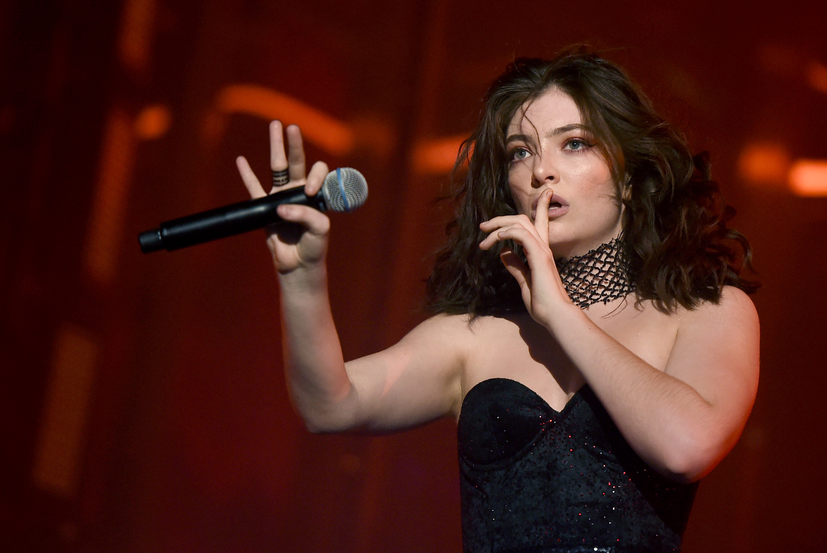 INDIO, CA - APRIL 23:  Singer Lorde performs on the Coachella Stage during day 3 (Weekend 2) of the Coachella Valley Music And Arts Festival on April 23, 2017 in Indio, California.  (Photo by Kevin Winter/Getty Images for Coachella)