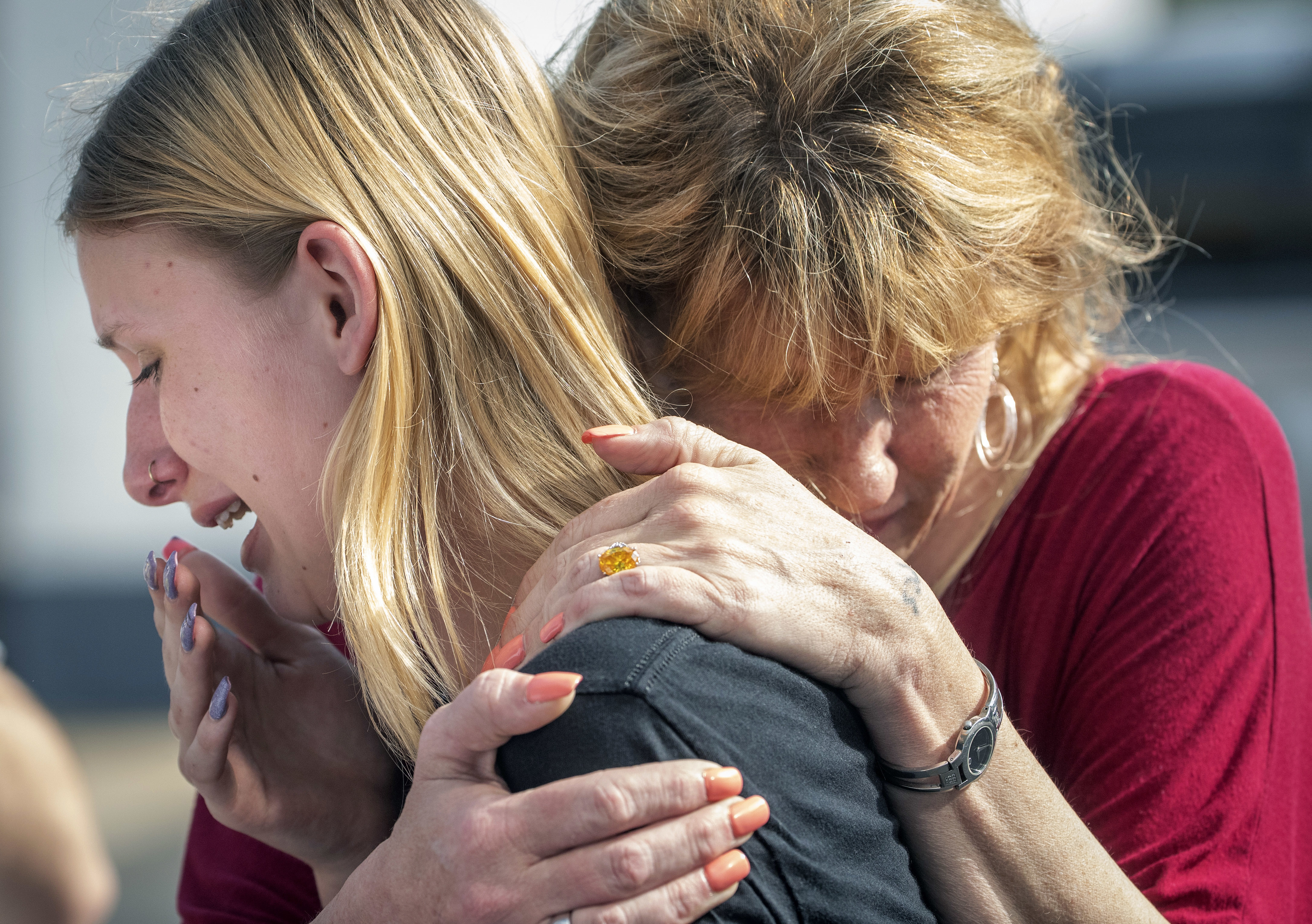 Dakota Shrader and her mom after a shooting at Santa Fe High School in Texas on May 18, 2018
