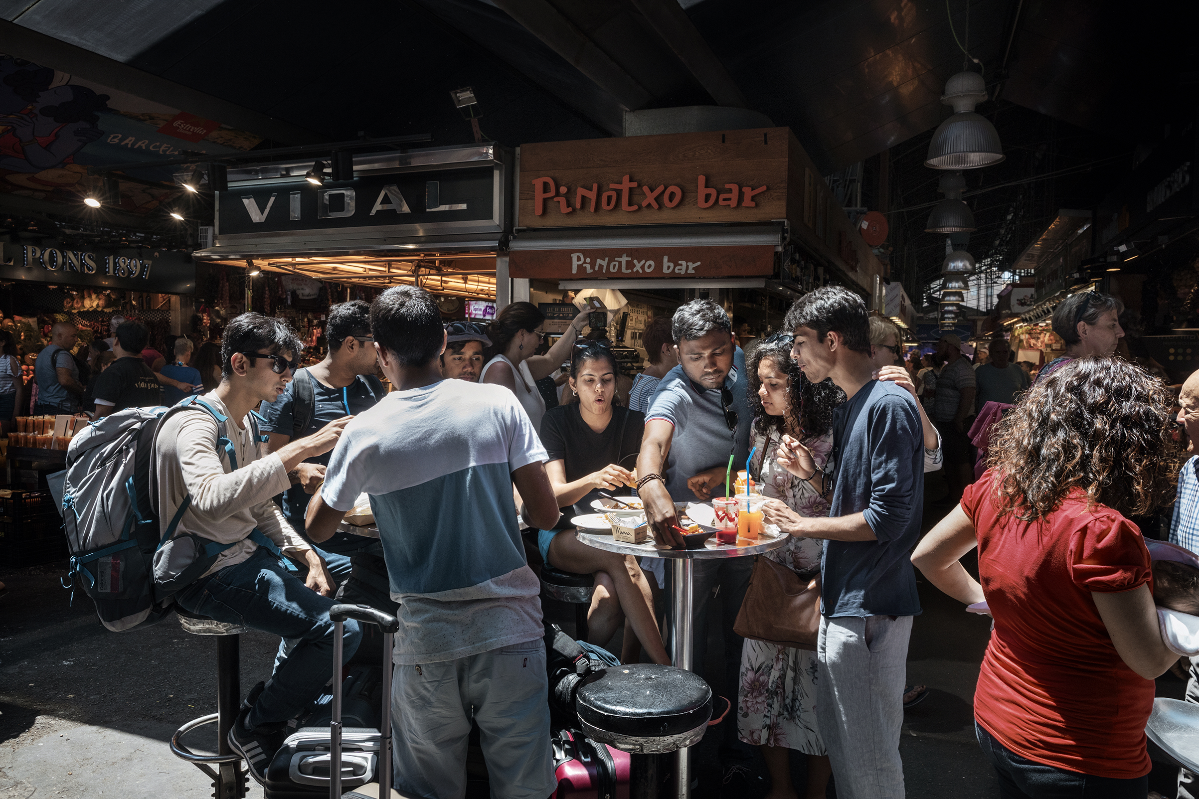 Barcelona now limits tour-group access to the Boquería market
