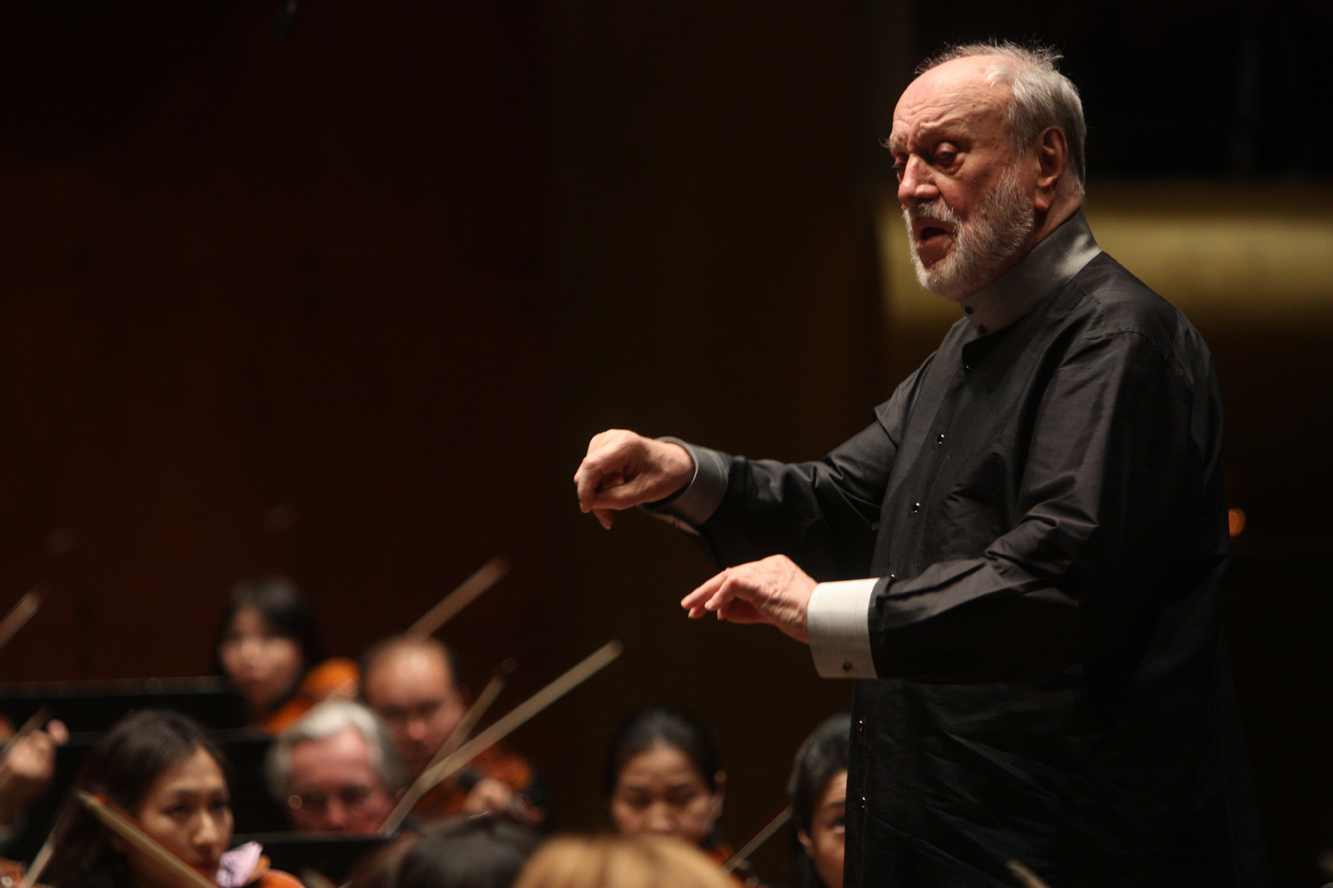 Kurt Masur leading the New York Philharmonic in Beethoven's  Symphony No. 1 in C major  at Avery Fisher Hall on May 12, 2010.