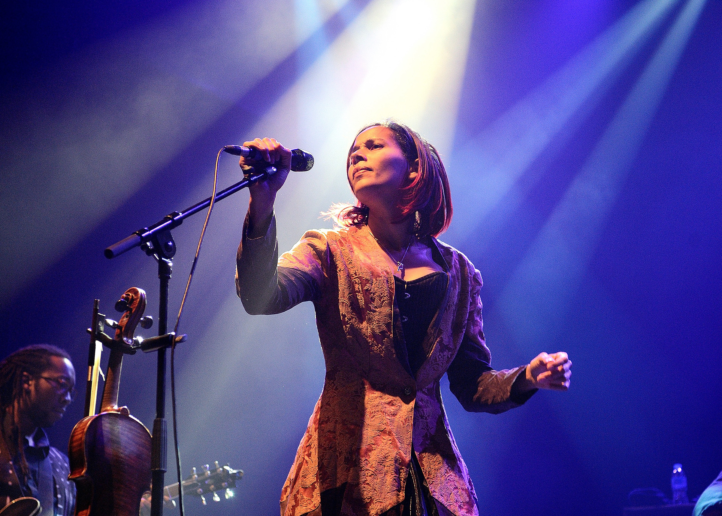 Rhiannon Giddens performs on stage at the O2 Shepherd's Bush Empire on Nov. 17, 2017.
