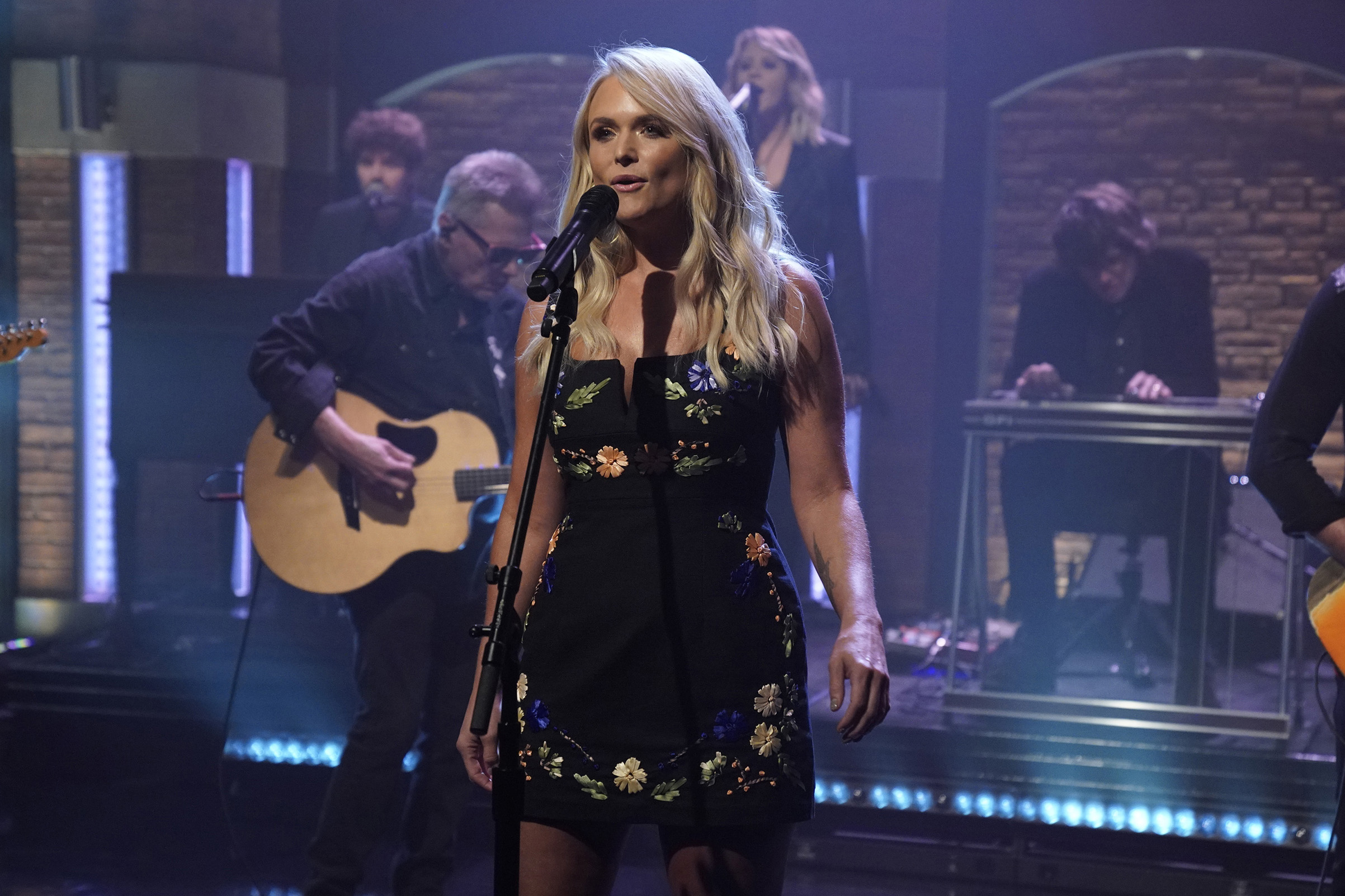 Miranda Lambert performs on 'Late Night with Seth Meyers' on July 18, 2018.