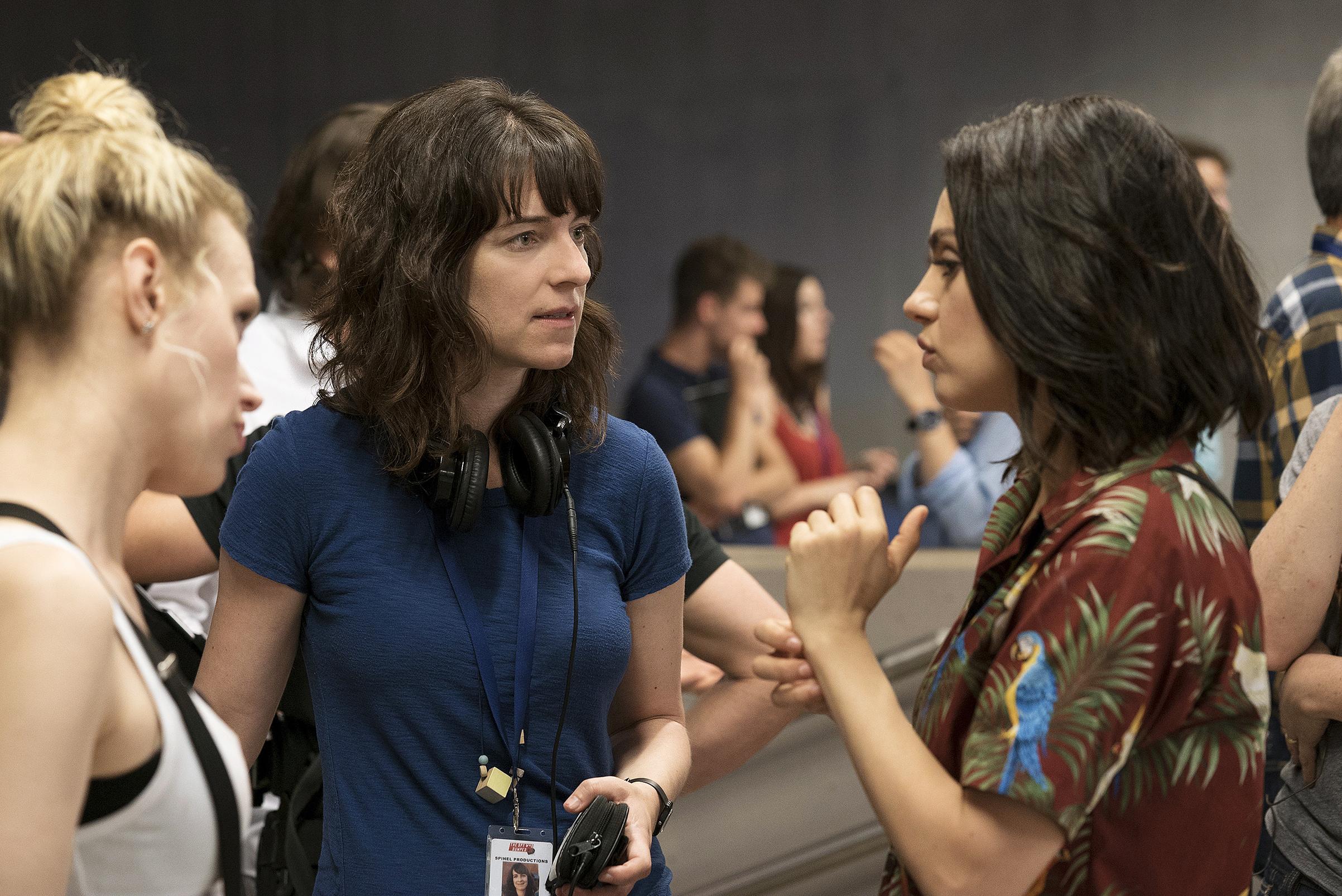 Director Fogel saw McKinnon and Kunis develop a friendship offscreen