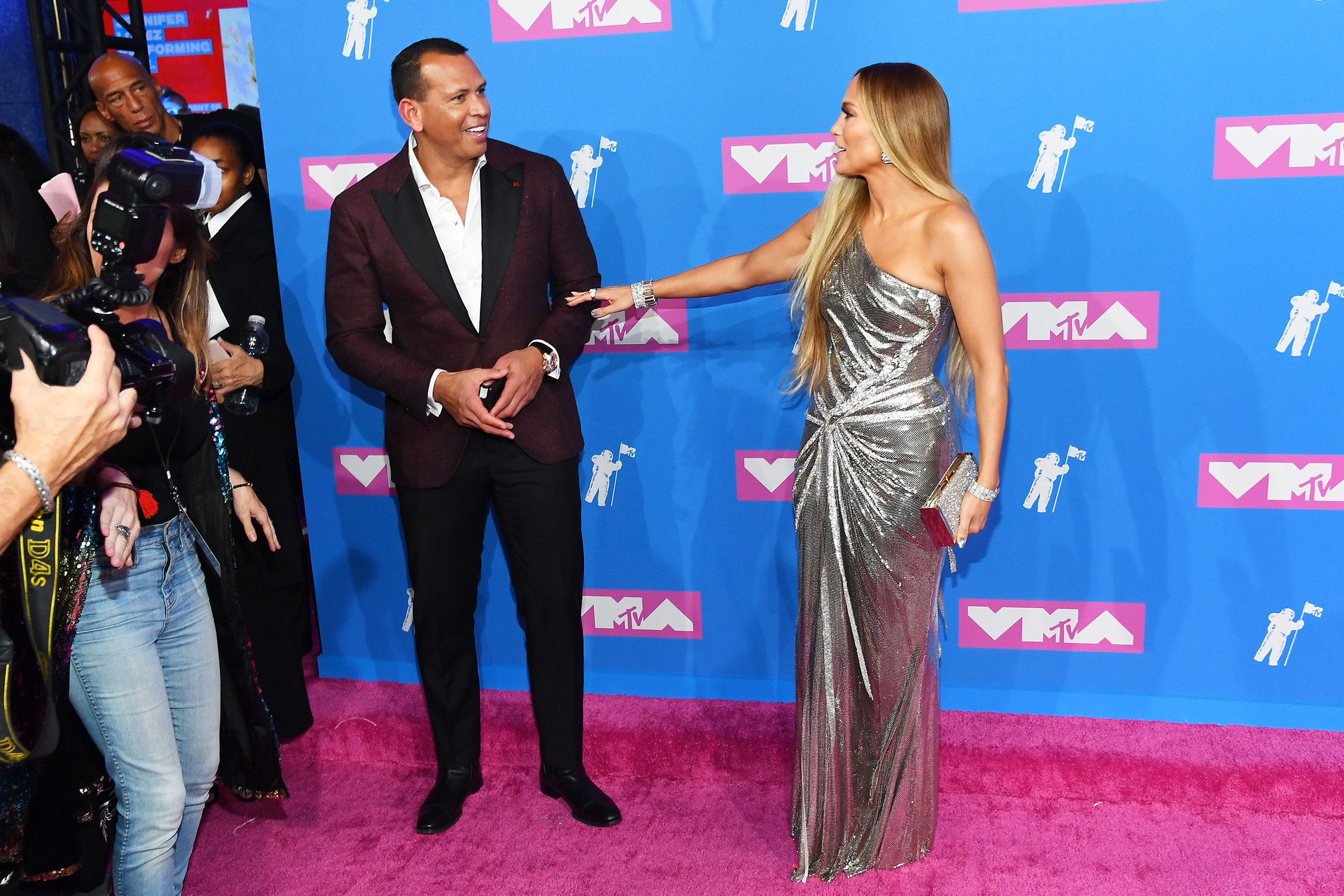 NEW YORK, NY - AUGUST 20:  Alex Rodriguez and Jennifer Lopez attend the 2018 MTV Video Music Awards at Radio City Music Hall on August 20, 2018 in New York City.  (Photo by Nicholas Hunt/Getty Images for MTV)