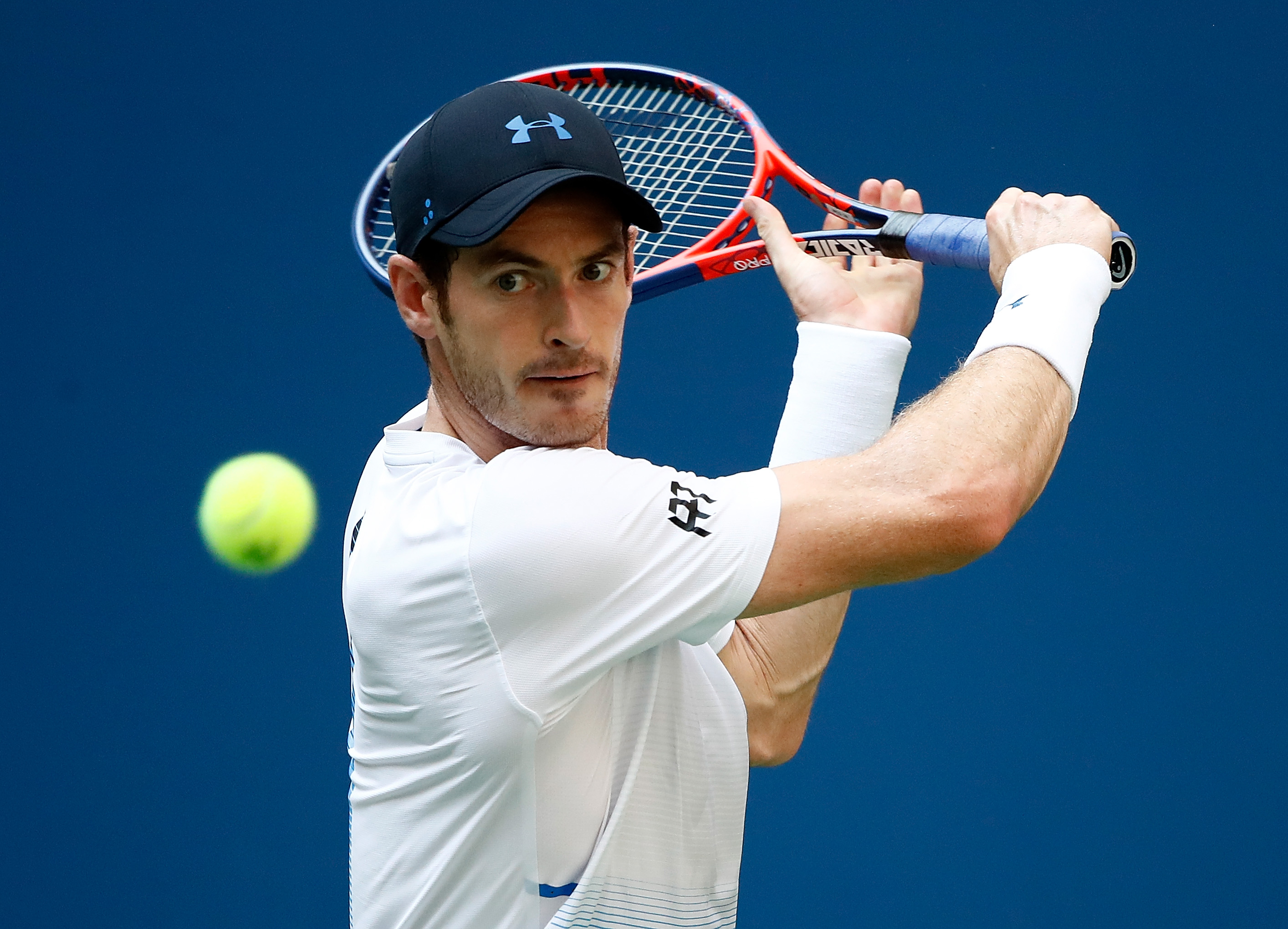Andy Murray of Great Britain returns the ball during his men's singles second round match against Fernando Verdasco of Spain on Day Three of the 2018 US Open at the USTA Billie Jean King National Tennis Center on August 29, 2018 in the Flushing neighborhood of the Queens borough of New York City.  (Photo by Julian Finney/Getty Images)