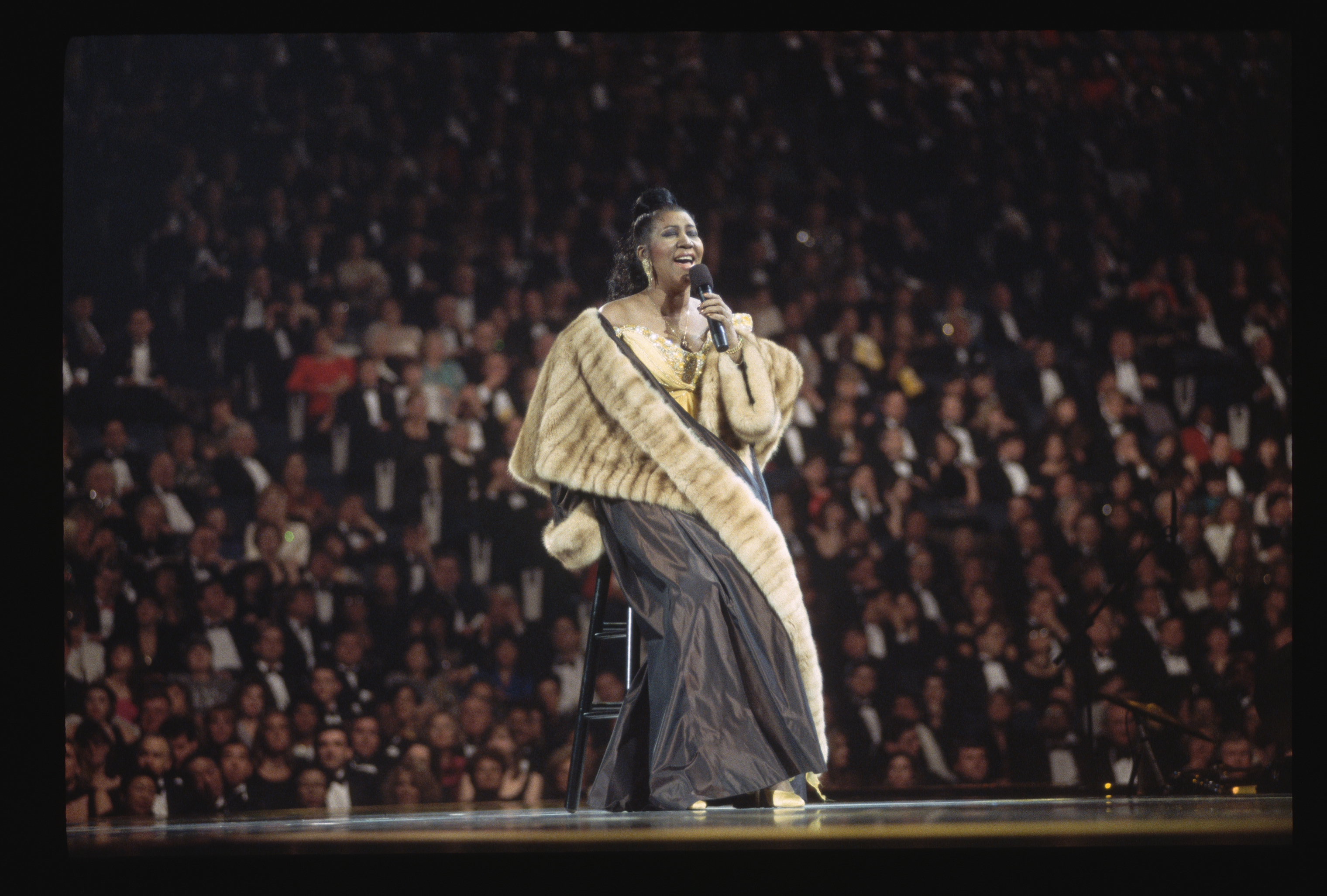 Aretha Franklin performs at the inaugural gala for President Bill Cinton on Jan. 19, 1993.