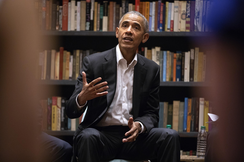 Former President Barack Obama speaks to Obama Foundation Fellows gathered on Wednesday, May 16, 2018 at Stony Island Arts Bank in Chicago, Ill.