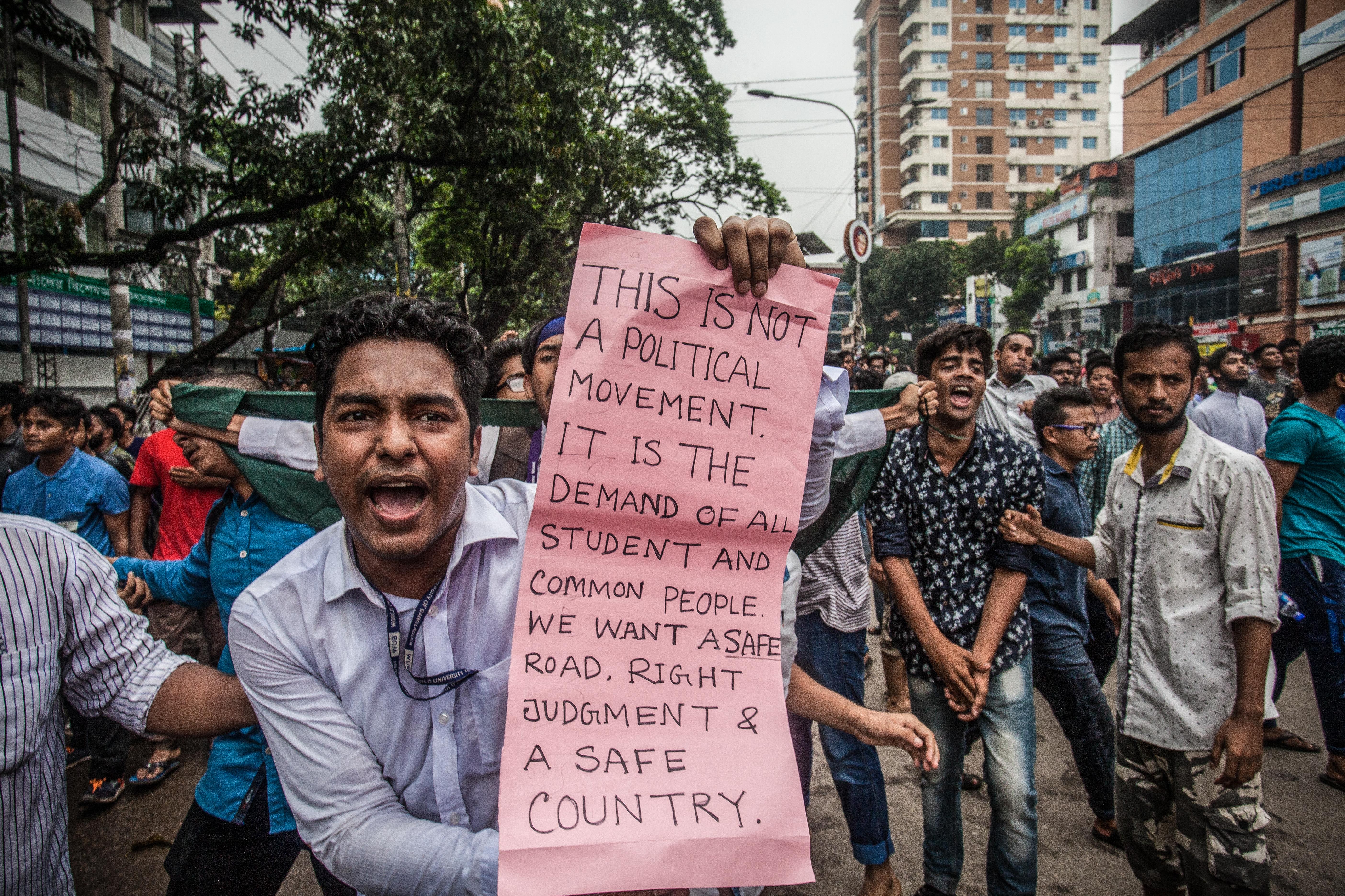 Bangladeshi students march in Dhaka on Aug. 5, 2018.