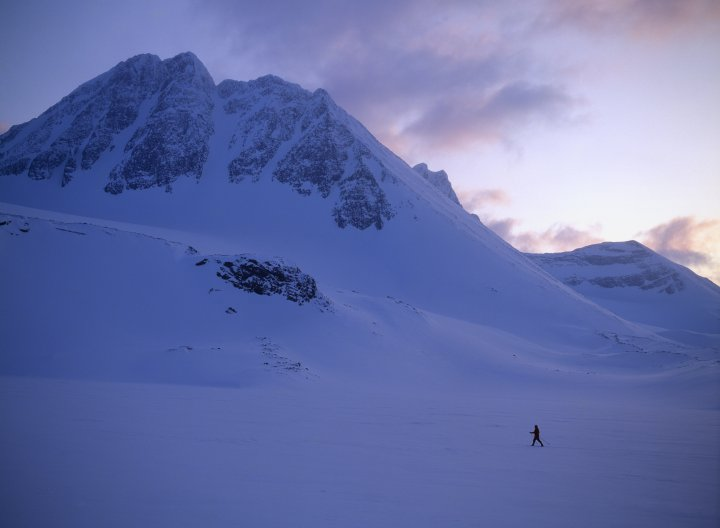 A person cross country skiing in Kebnekaise, Lapland