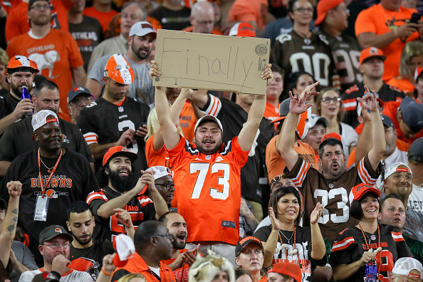 Cleveland Browns Fan Catches Possum In The Stands Time