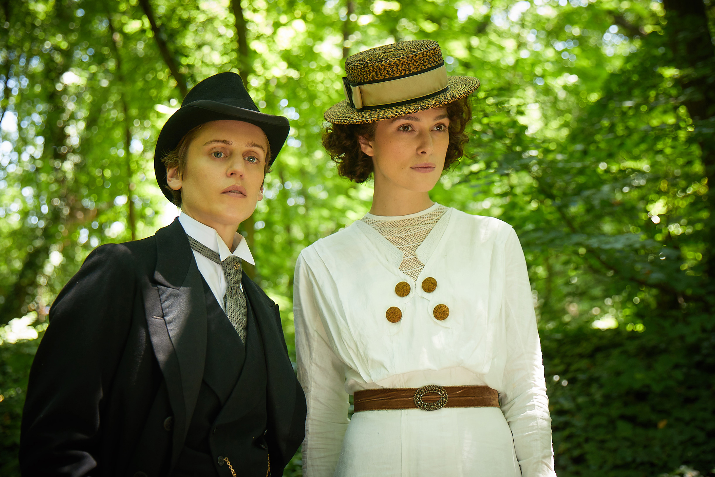 Denise Gough stars as Missy and Keira Knightley as Colette in the movie 'Colette'.