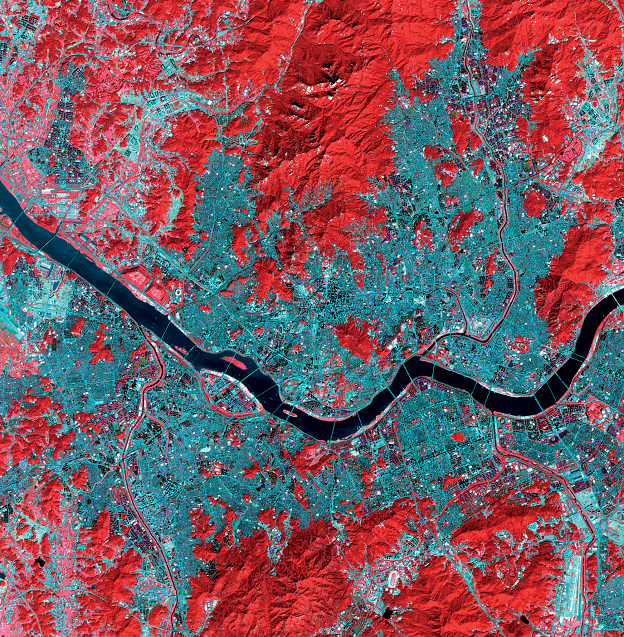 Seoul, Republic of Korea 1:148,000 Twenty-seven bridges span the Han River in the center of Seoul (pictured in dark blue), stitching together the two halves of the city and acting as networks between communities on opposite sides of the river.