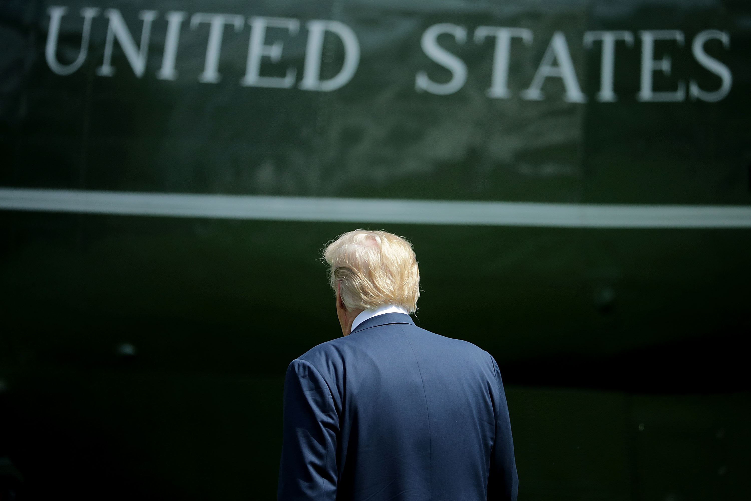 U.S. President Donald Trump walks across the South Lawn before boarding Marine One and departing the White House June 1, 2018 in Washington, D.C.