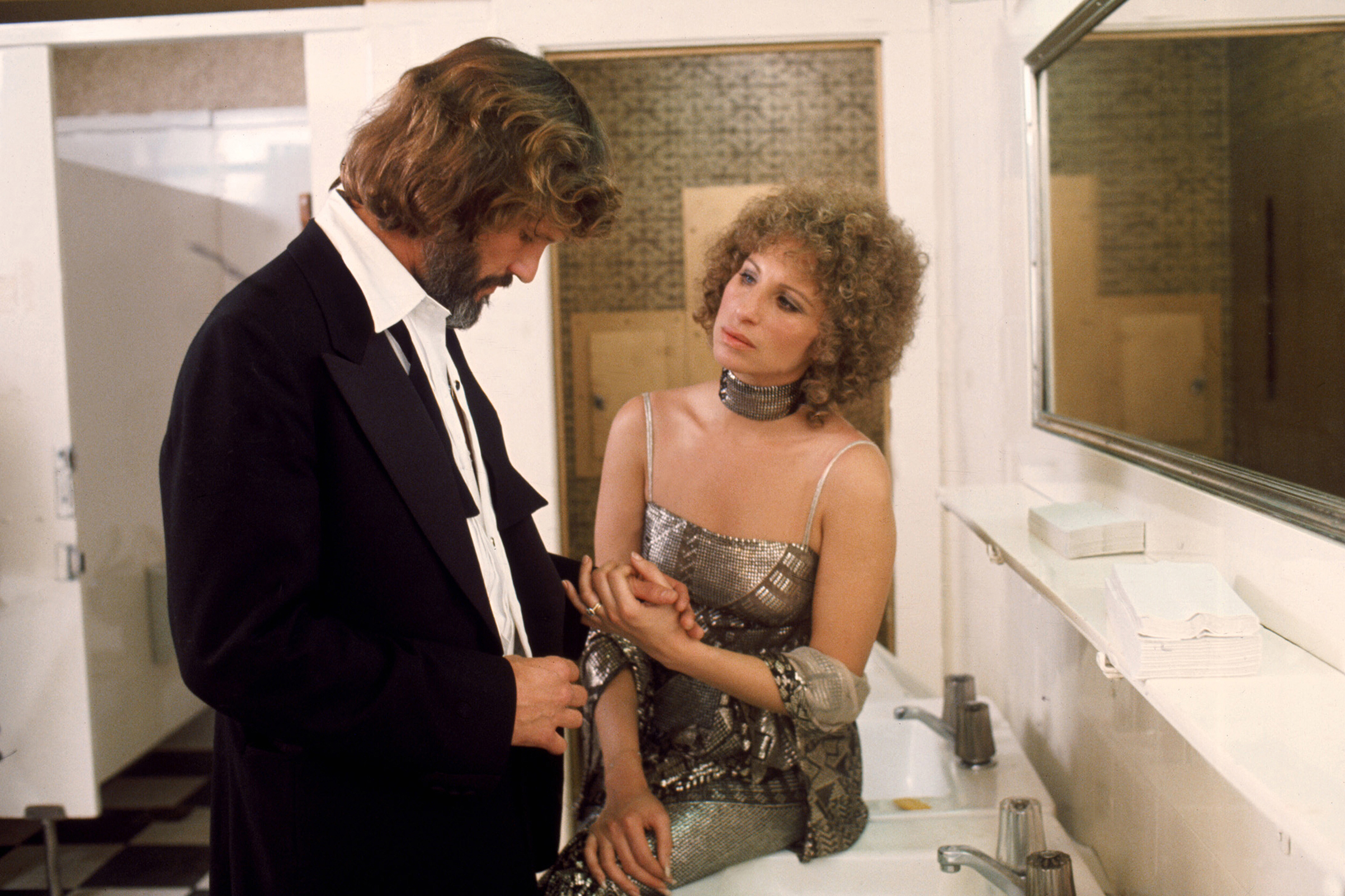Kris Kristofferson and Barbra Streisand on the set of  A Star is Born .