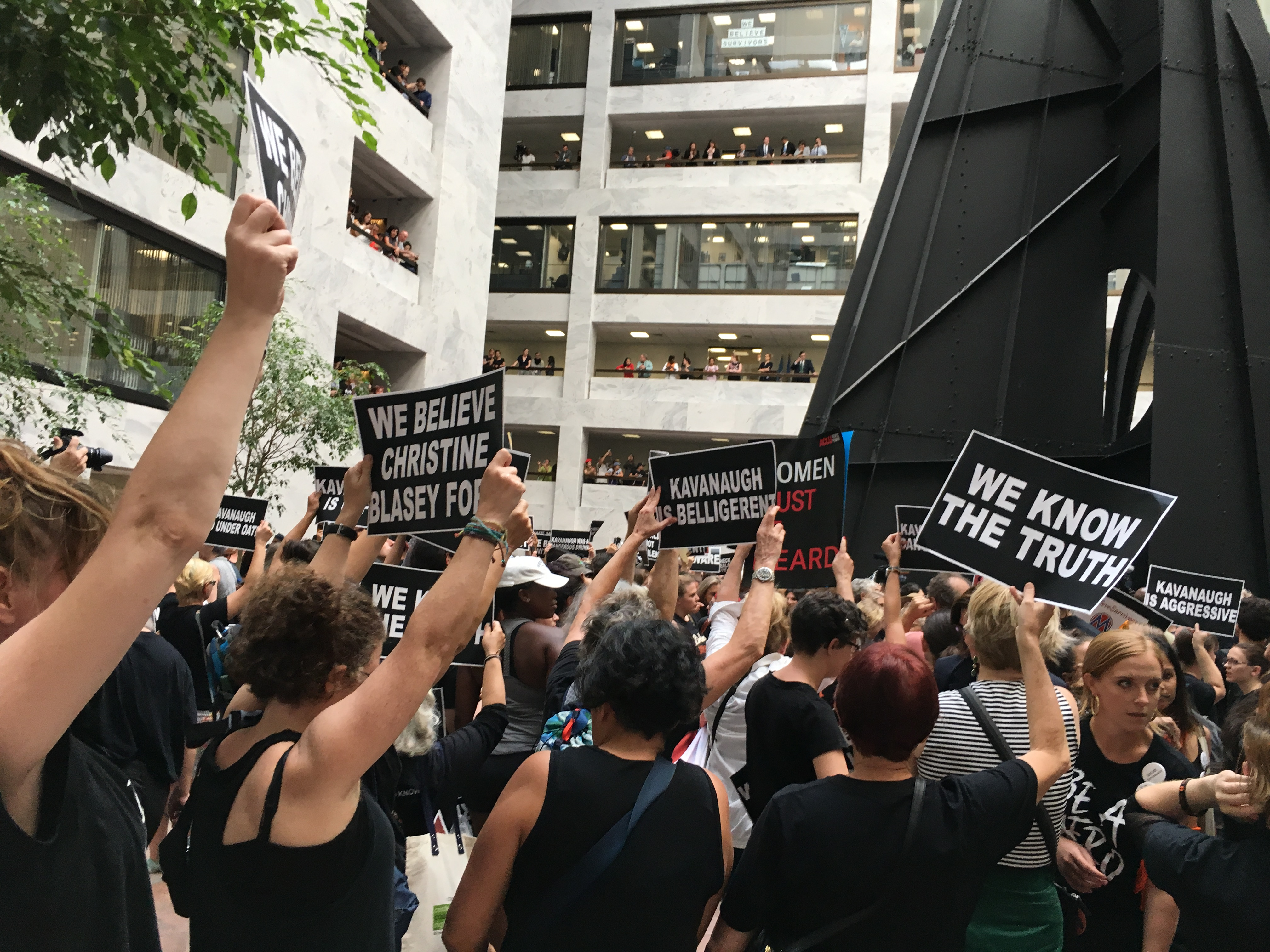 Protesters filled the Hart Senate Building on Oct. 4 to protest the nomination of Judge Brett Kavanaugh to the Supreme Court. (Charlotte Alter -- TIME)