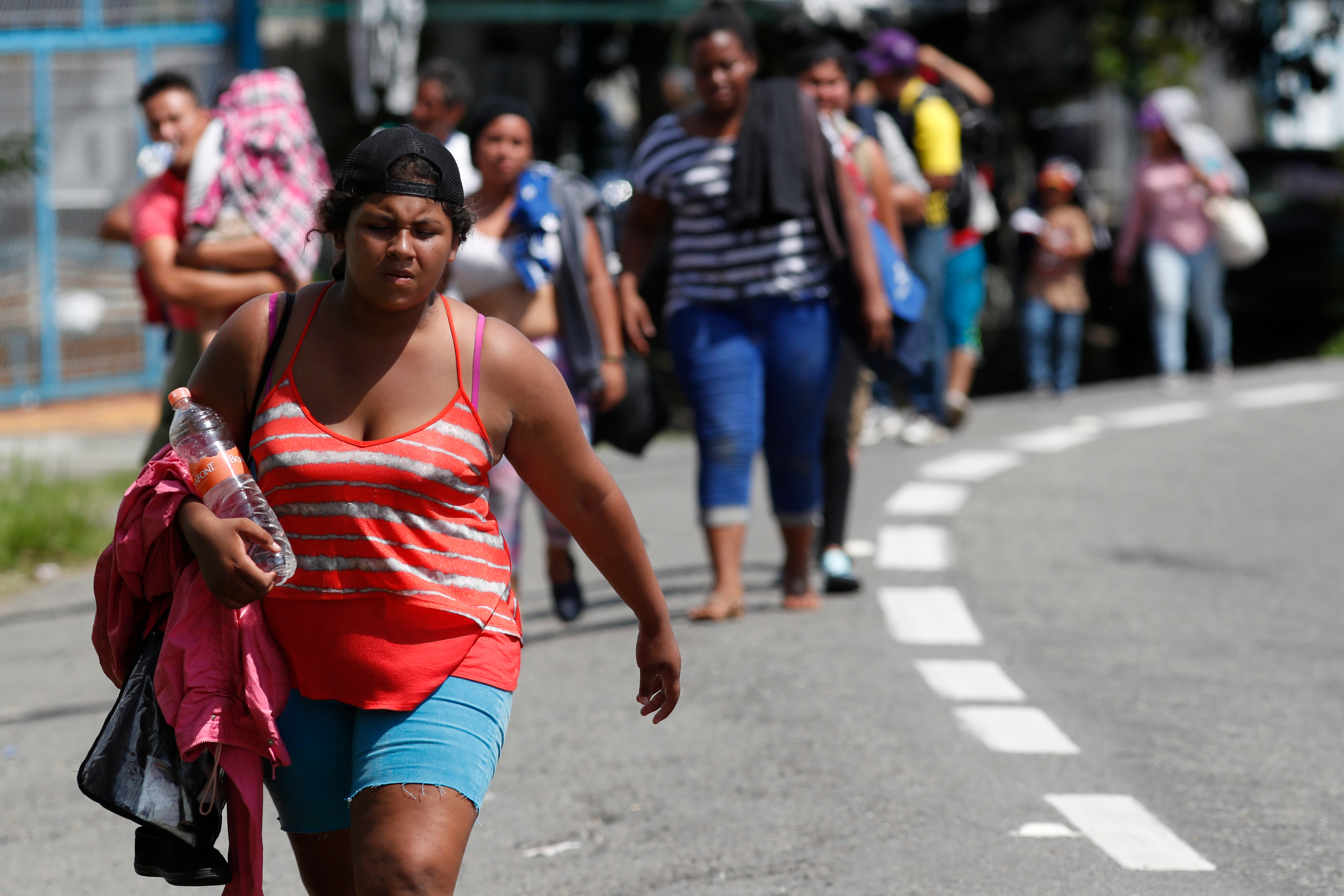 Central American migrants making their way to the U.S. arrive by foot to Tapachula, Mexico, 21 Oct 2018.